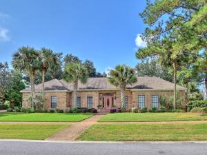 Property for sale at 131 W Country Club Drive, Destin,  FL 32541