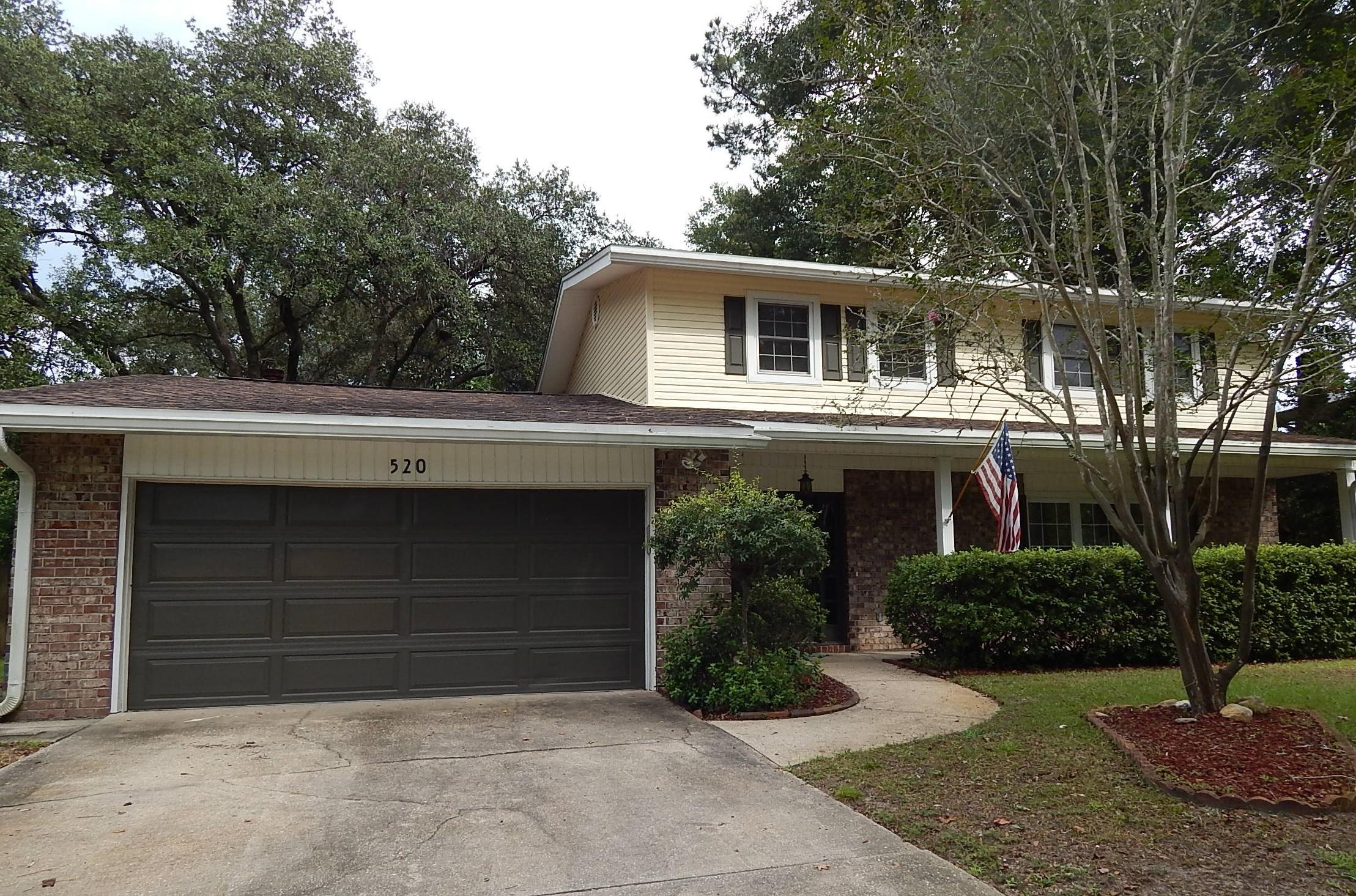 Photo of home for sale at 520 Cheshire, Fort Walton Beach FL