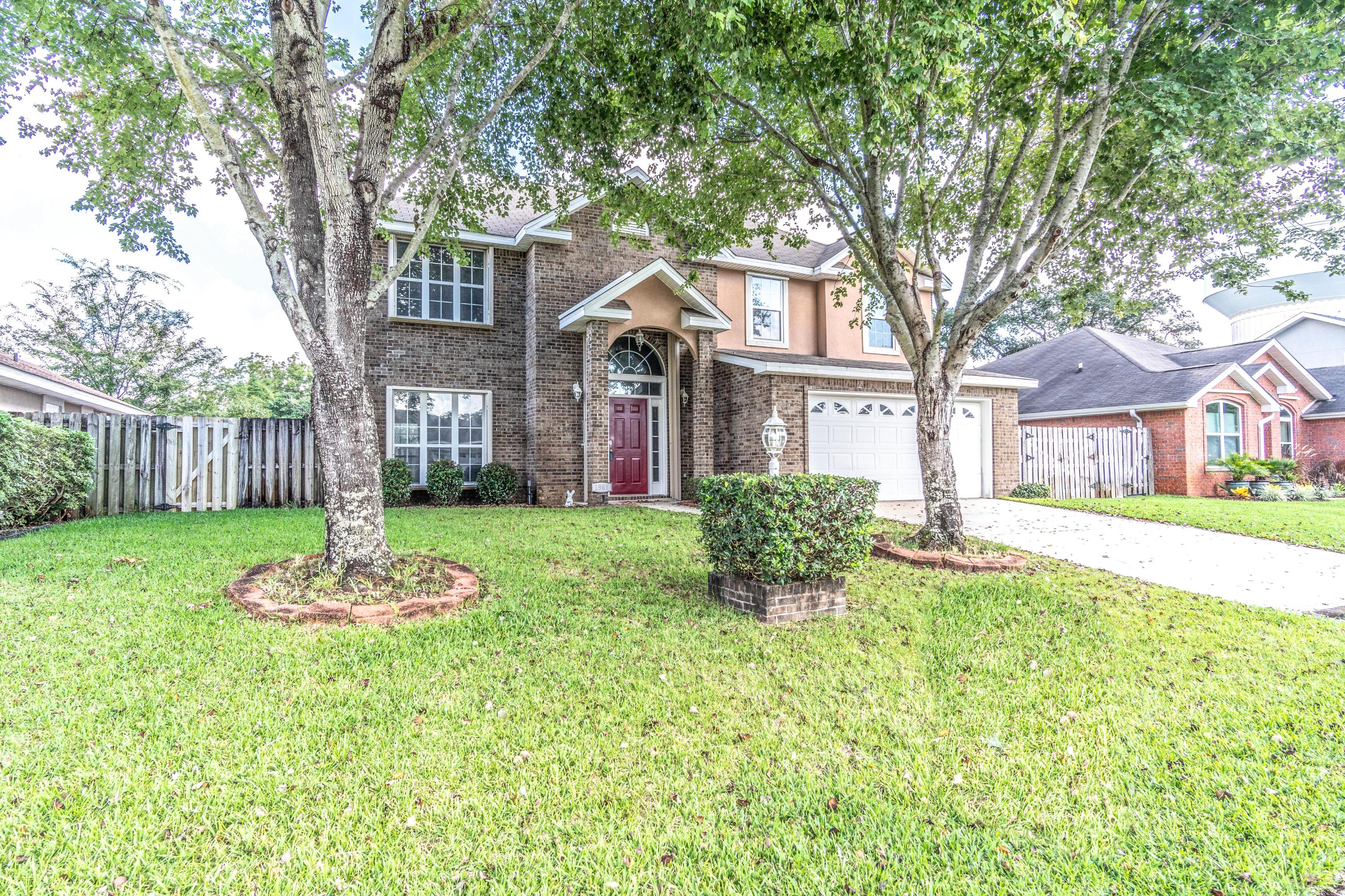 Photo of home for sale at 1961 Waterford Ridge, Fort Walton Beach FL