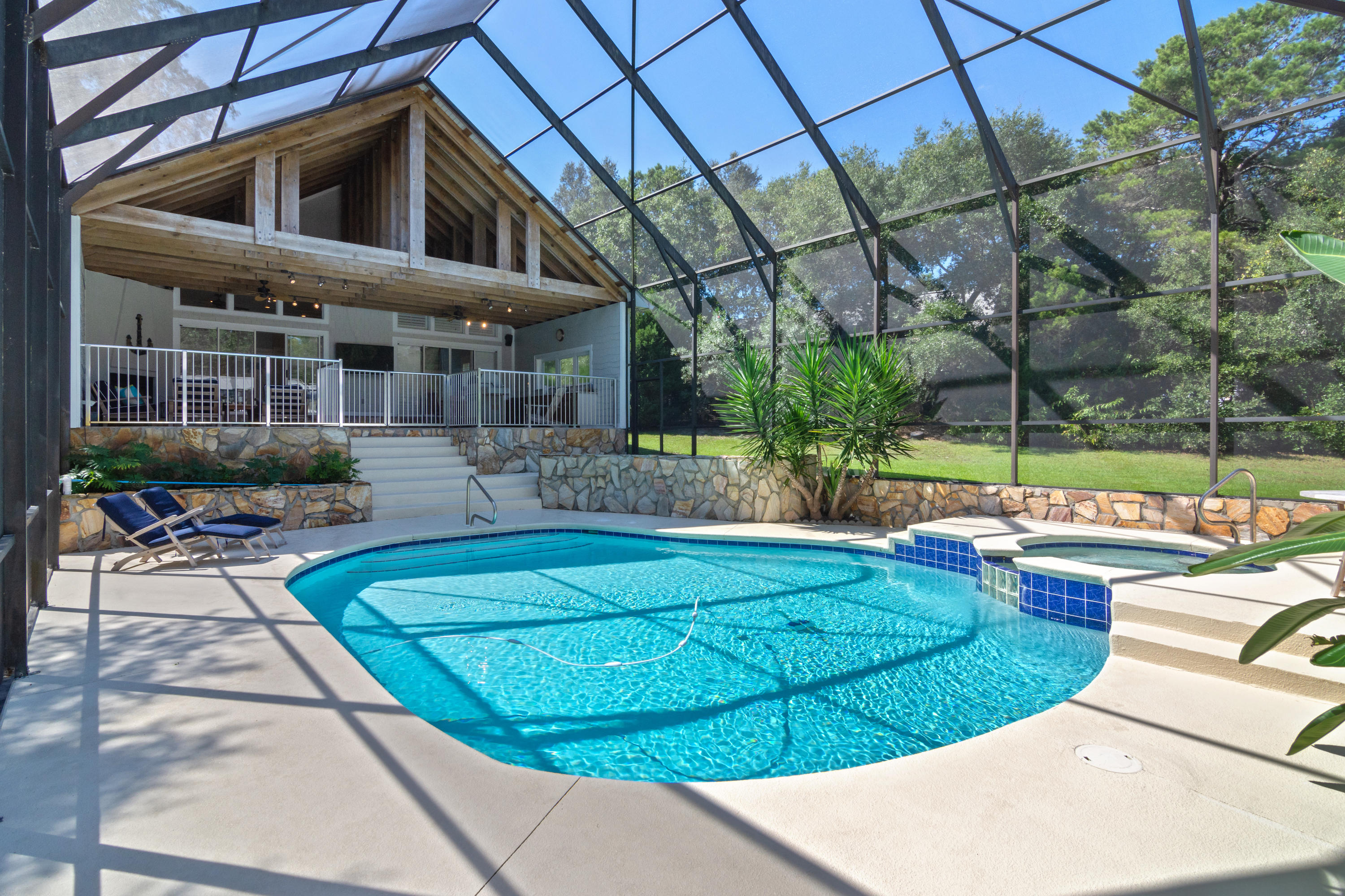 Photo of home for sale at 376 Seabreeze, Inlet Beach FL