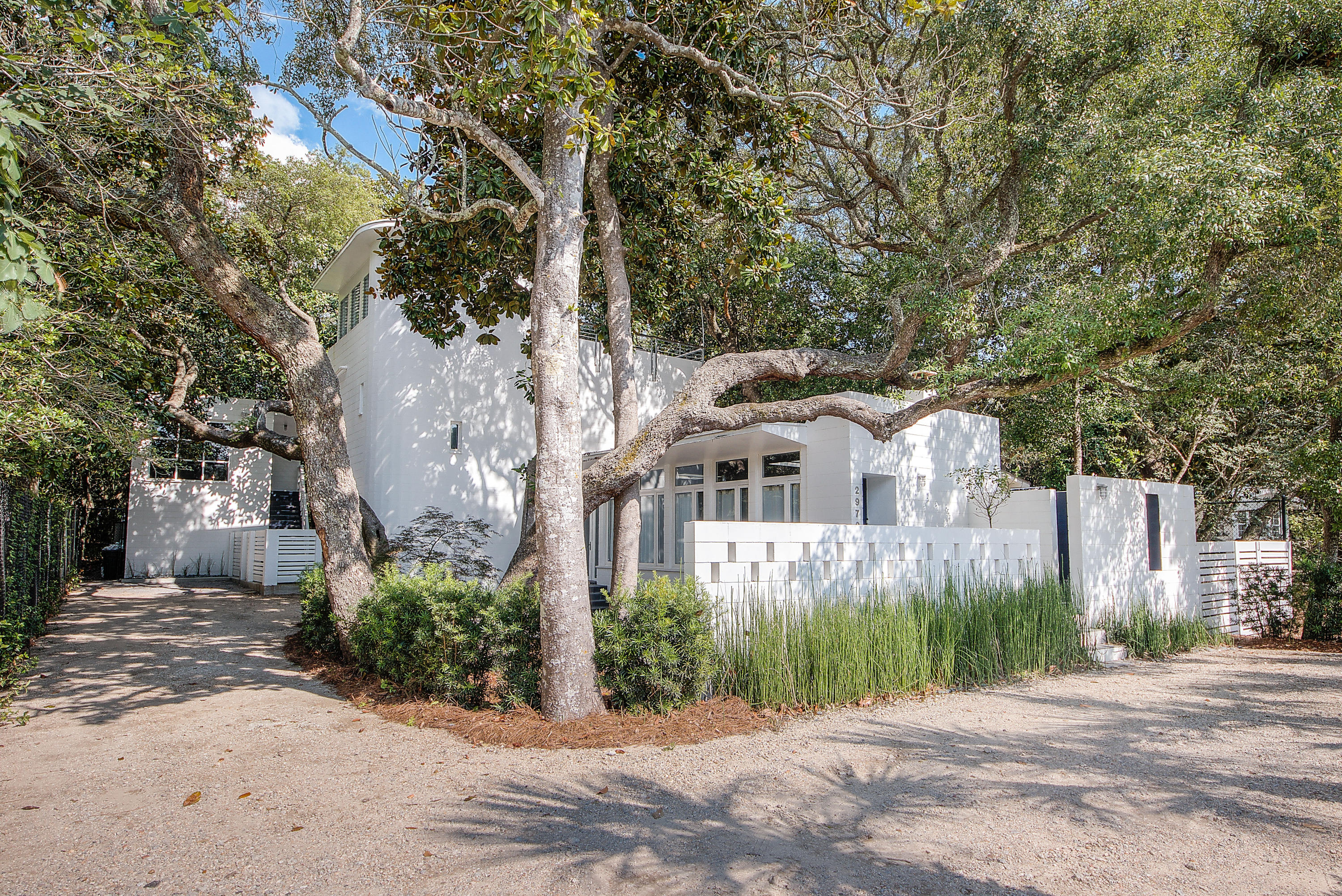 Photo of home for sale at 2979 County Hwy 395, Santa Rosa Beach FL