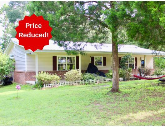 Photo of home for sale at 50 Cranebill, Defuniak Springs FL