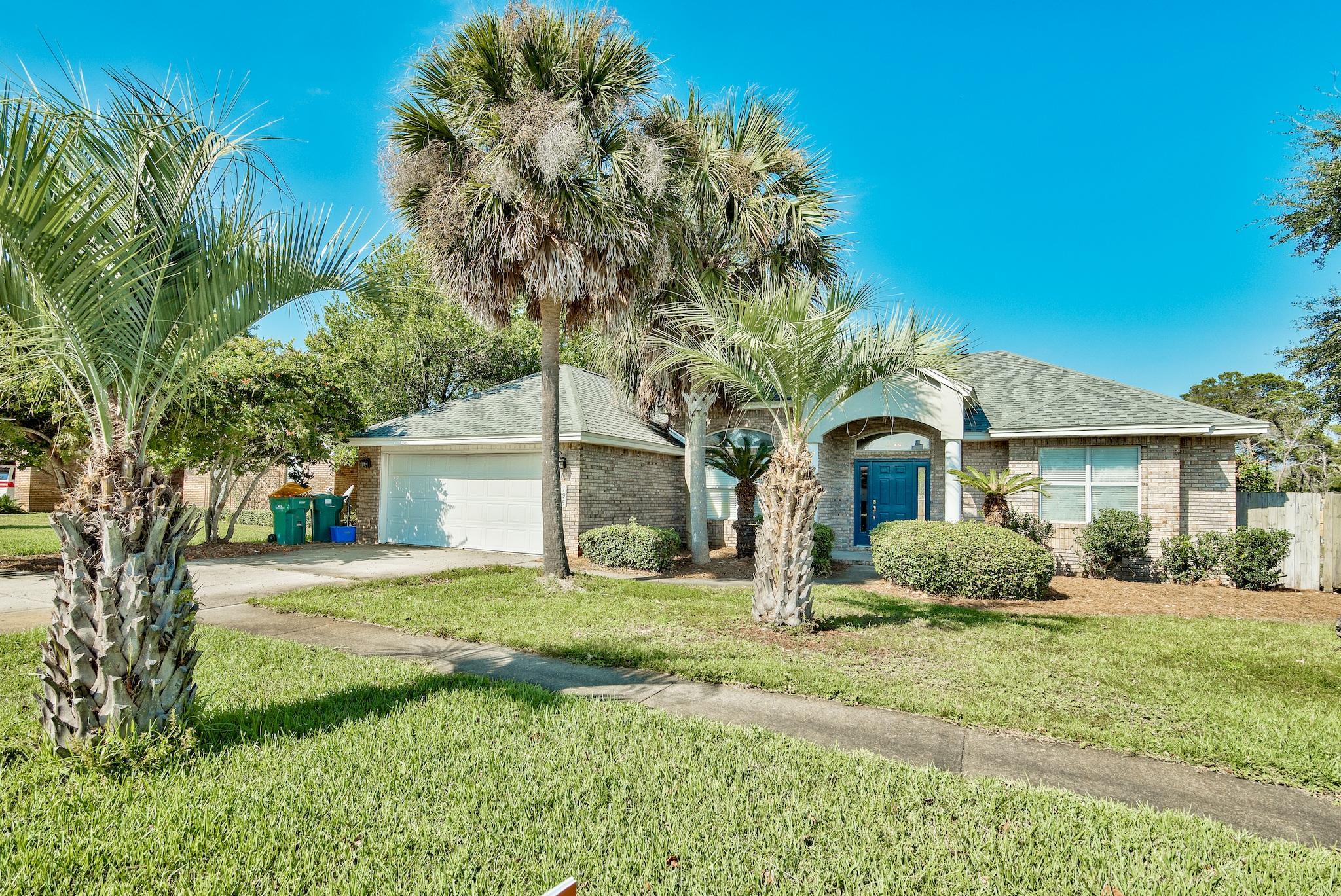 Photo of home for sale at 195 Kel Wen, Destin FL