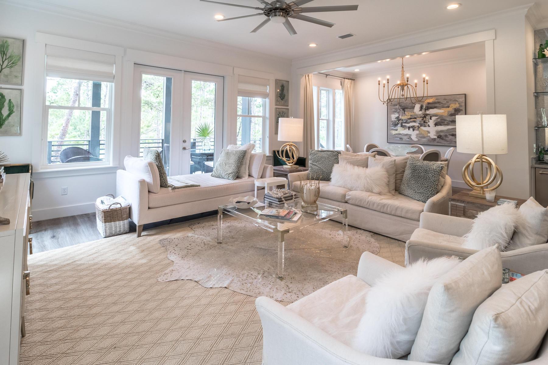 Photo of home for sale at 363 Matt'S Way, Santa Rosa Beach FL