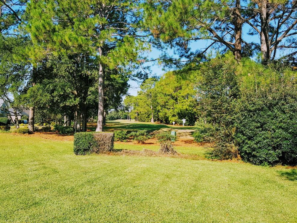 Photo of home for sale at 4477 Turnberry, Niceville FL