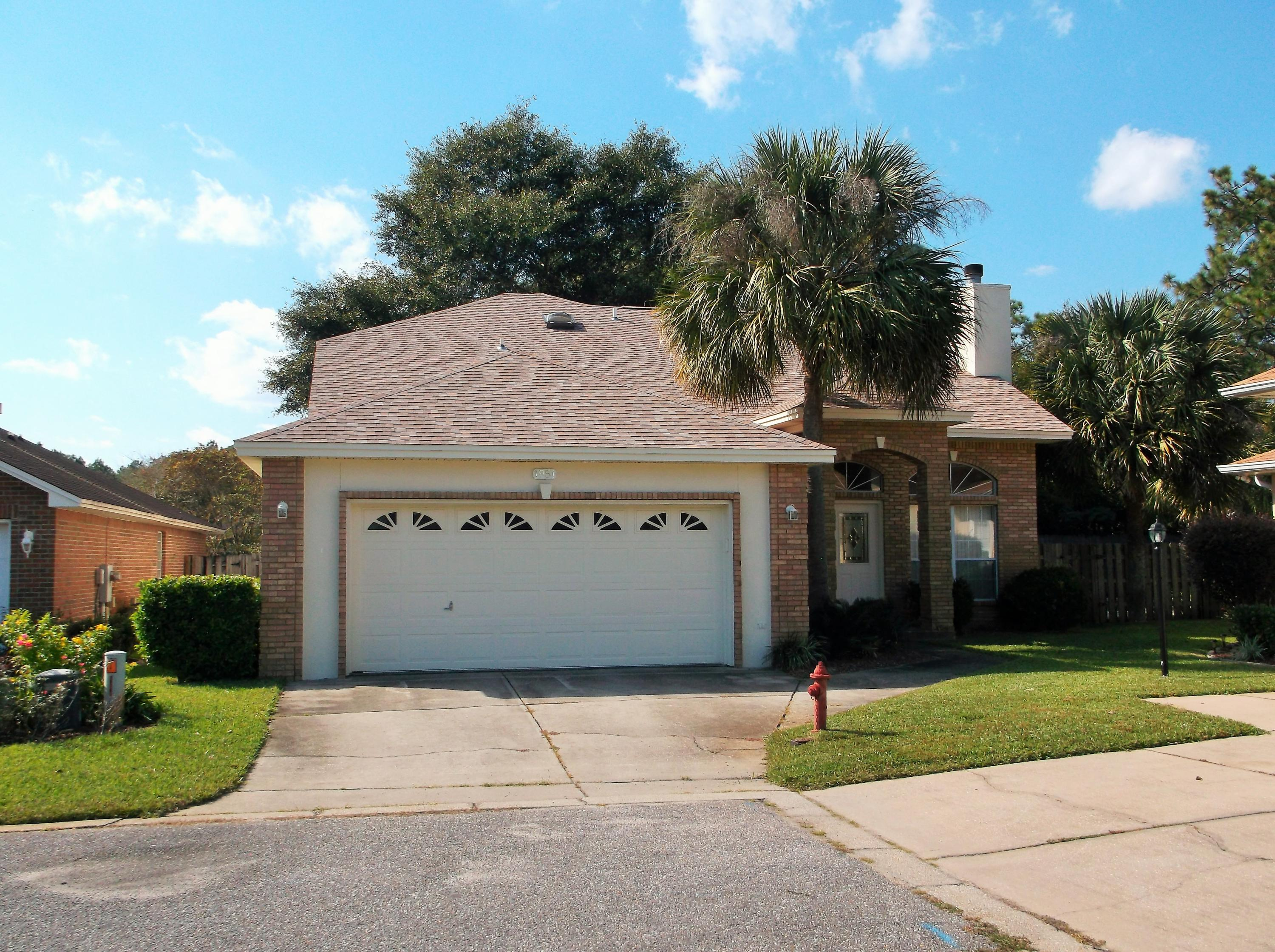 Photo of home for sale at 1951 Waterford Ridge, Fort Walton Beach FL