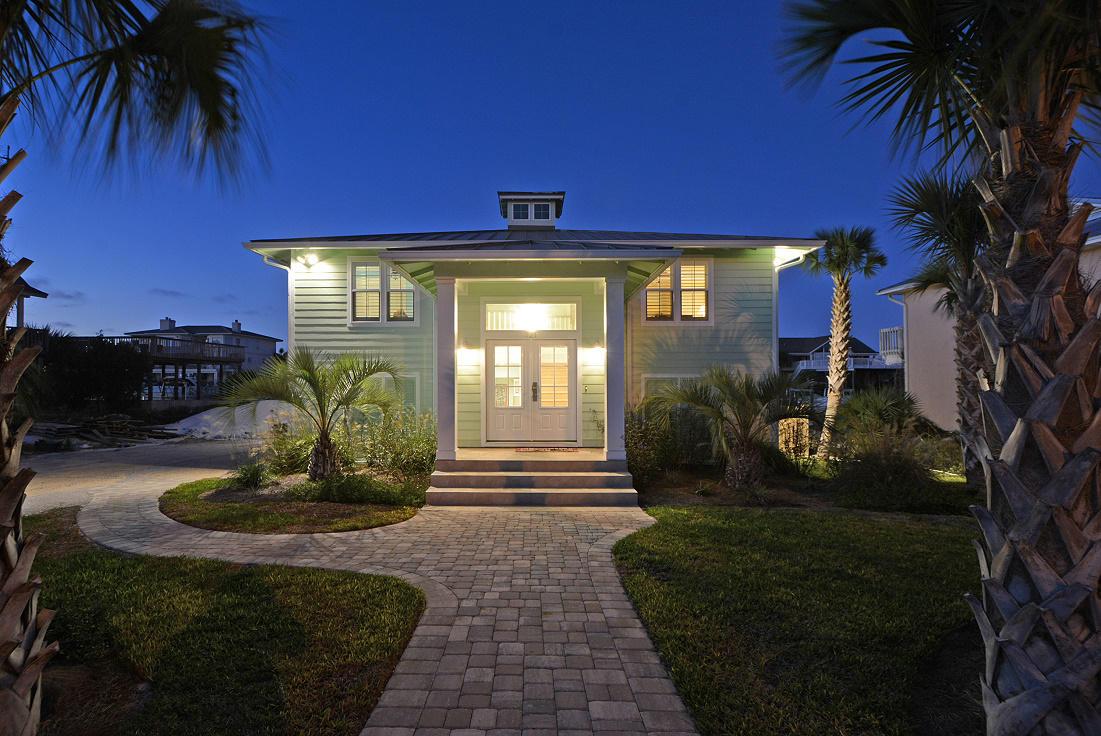 Photo of home for sale at 521 Vera Cruz, Destin FL