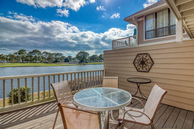 Photo of home for sale at 908 Harbour Point, Miramar Beach FL