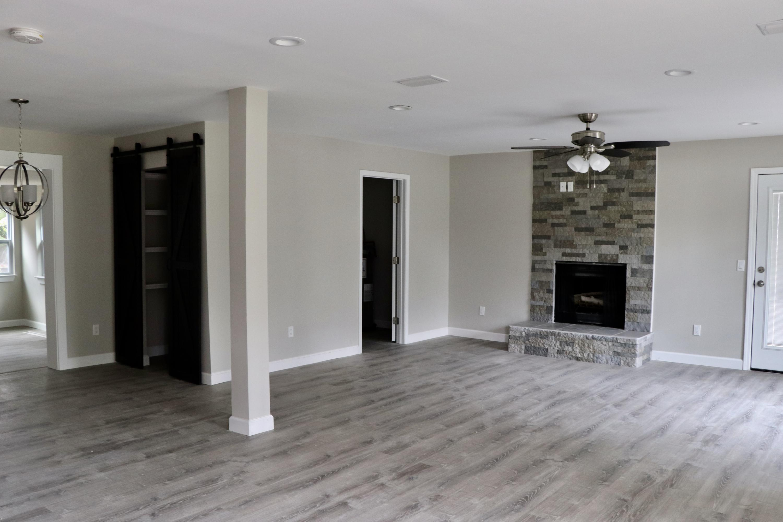 Photo of home for sale at 519 Benning, Destin FL