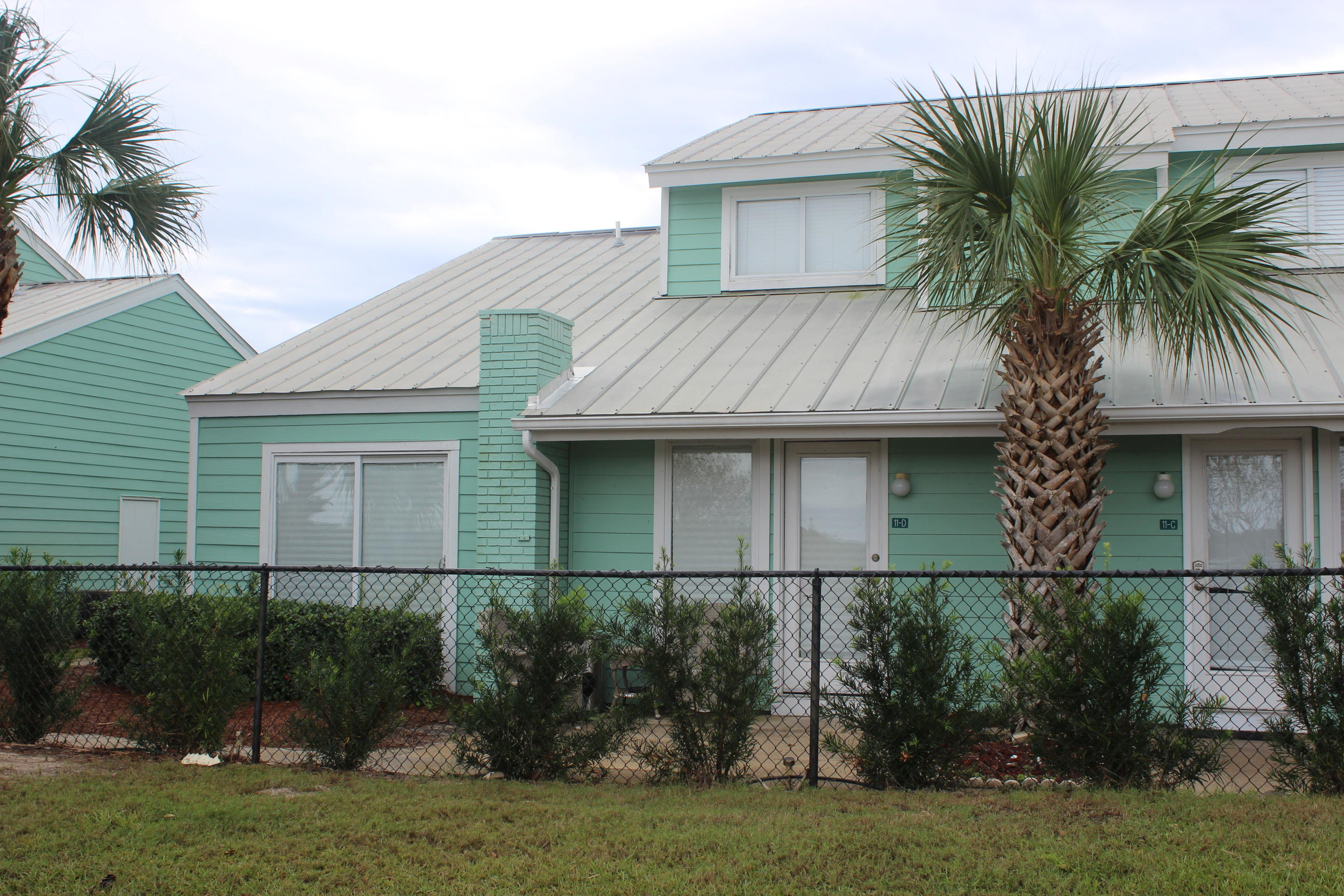 Photo of home for sale at 1030 Scenic Gulf, Miramar Beach FL