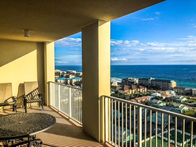 Photo of home for sale at 112 Seascape, Miramar Beach FL