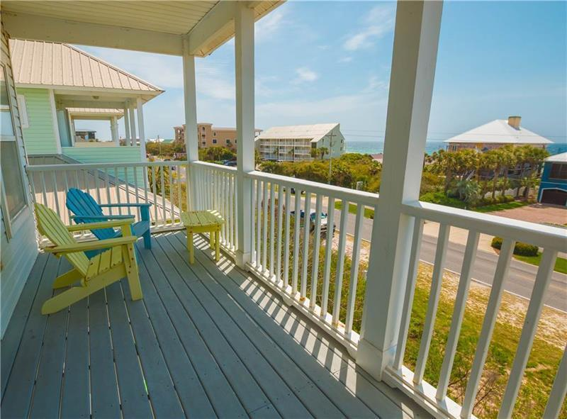Photo of home for sale at 33 Seabreeze, Inlet Beach FL