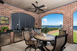 911 NE BEACHVIEW DRIVE, FORT WALTON BEACH, FL 32547  Photo
