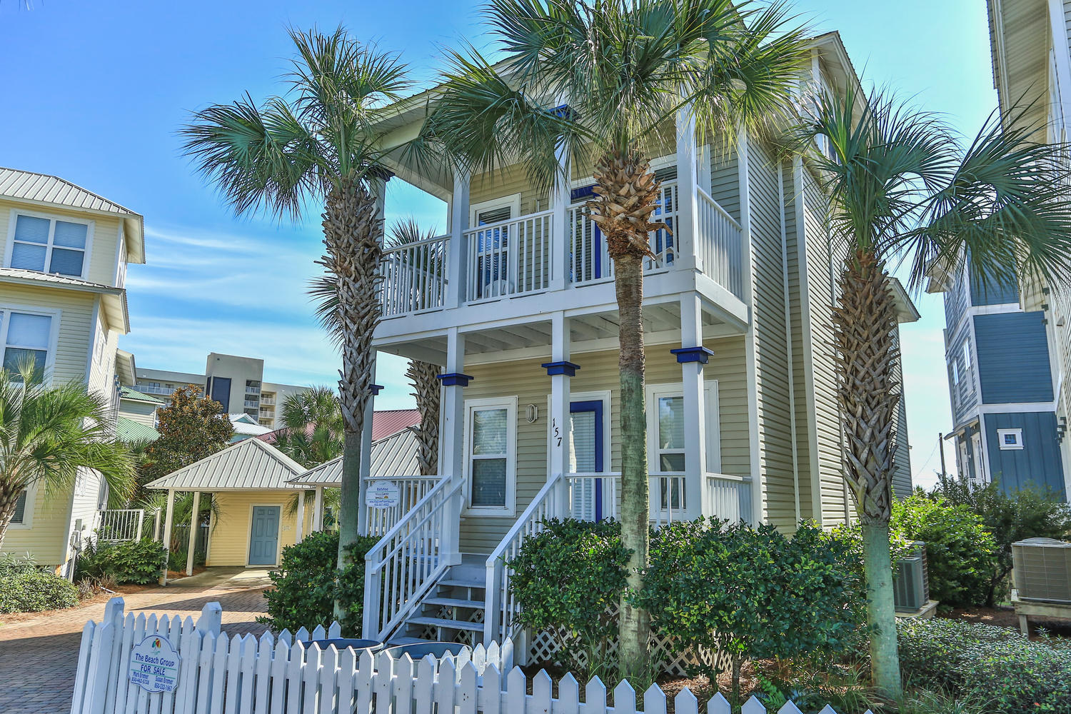 Photo of home for sale at 157 Gulfside, Miramar Beach FL