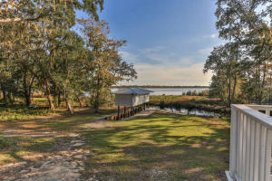 Property for sale at 541 Pitts Bayshore Drive, Freeport,  FL 32439