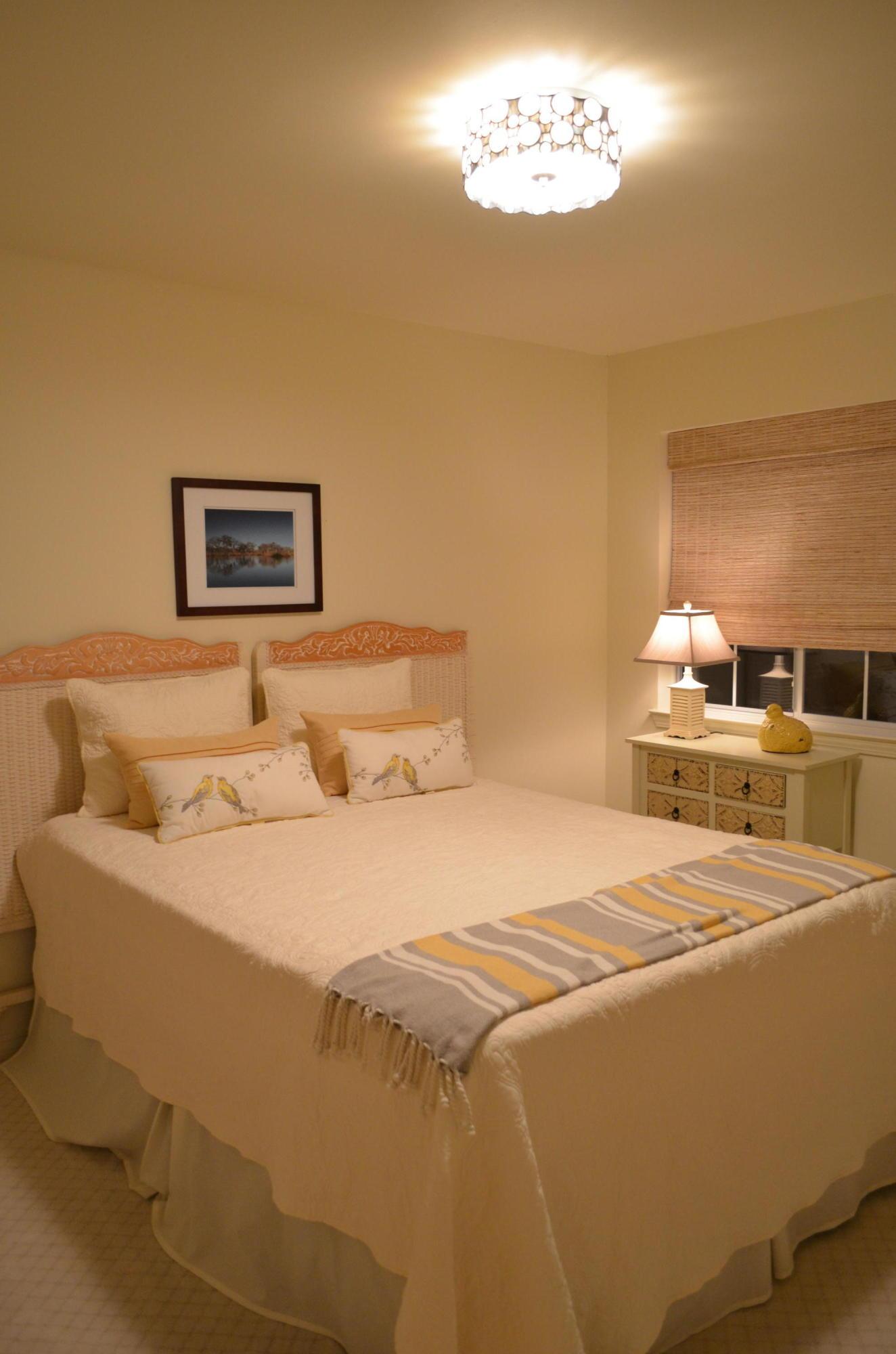 Photo of home for sale at 2576 Barron, Shalimar FL