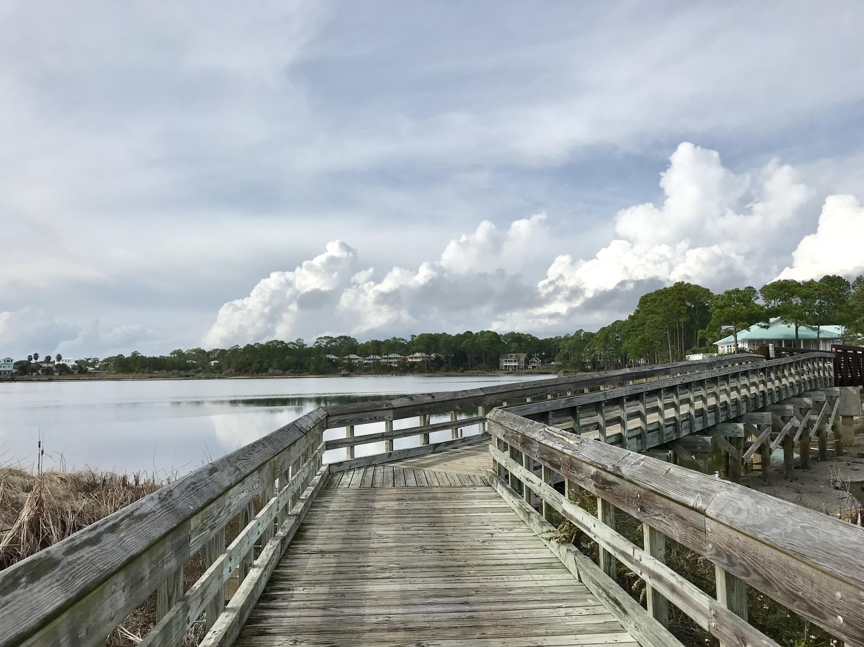 35 Hillcrest,Santa Rosa Beach,Florida 32459,4 Bedrooms Bedrooms,3 BathroomsBathrooms,Detached single family,Hillcrest,20131126143817002353000000