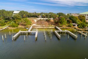 Property for sale at 718 Harbor Boulevard, Destin,  FL 32541