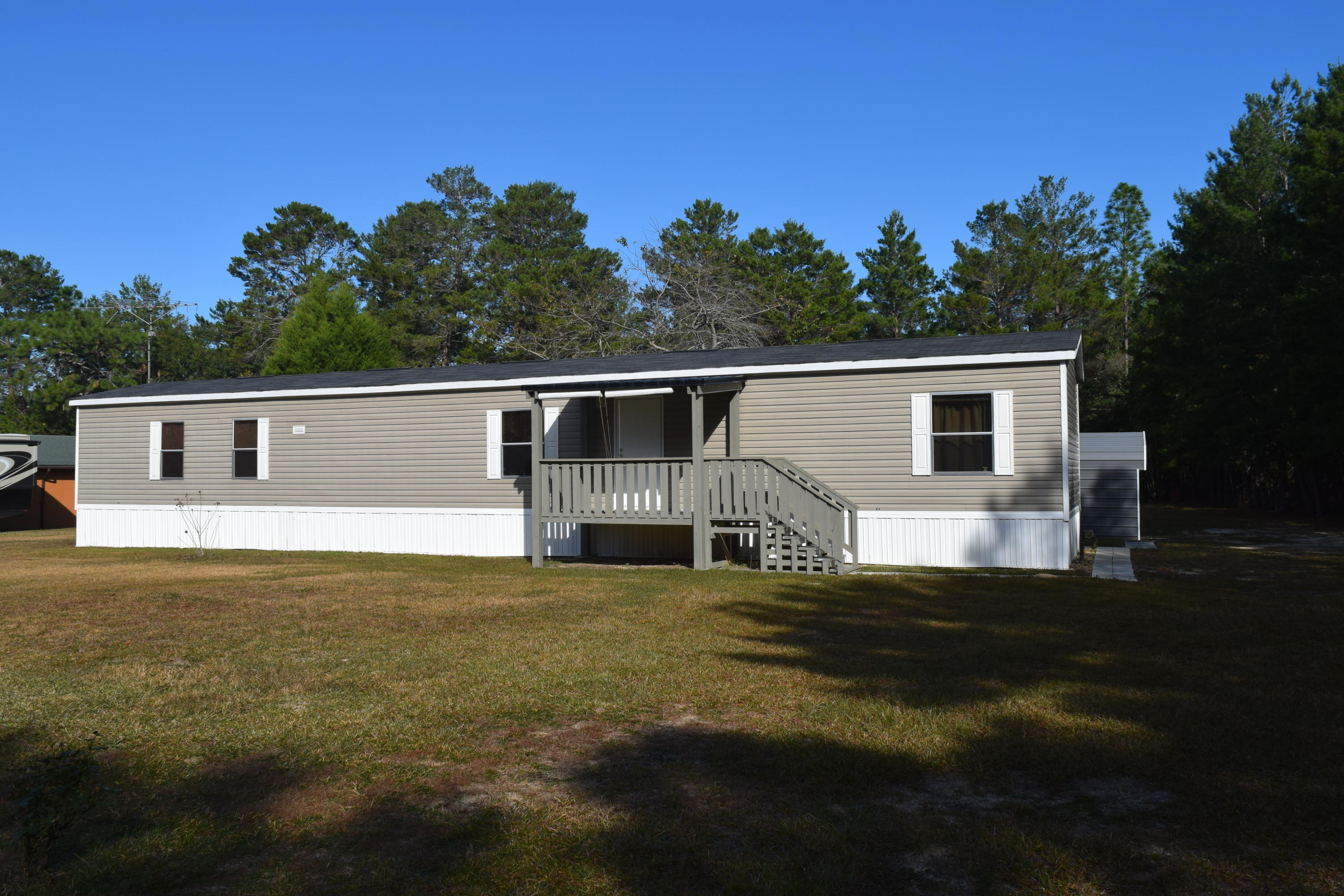 Photo of home for sale at 79 Darnell, Crestview FL