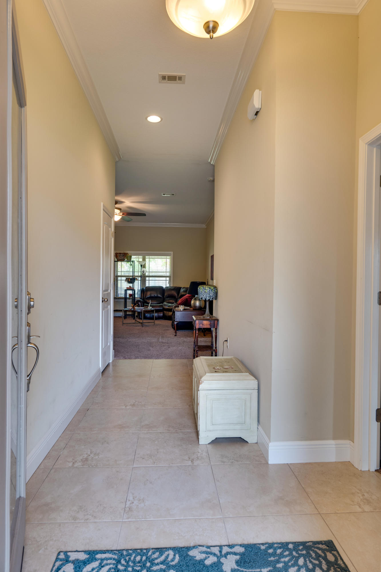 Photo of home for sale at 561 Brian, Mary Esther FL