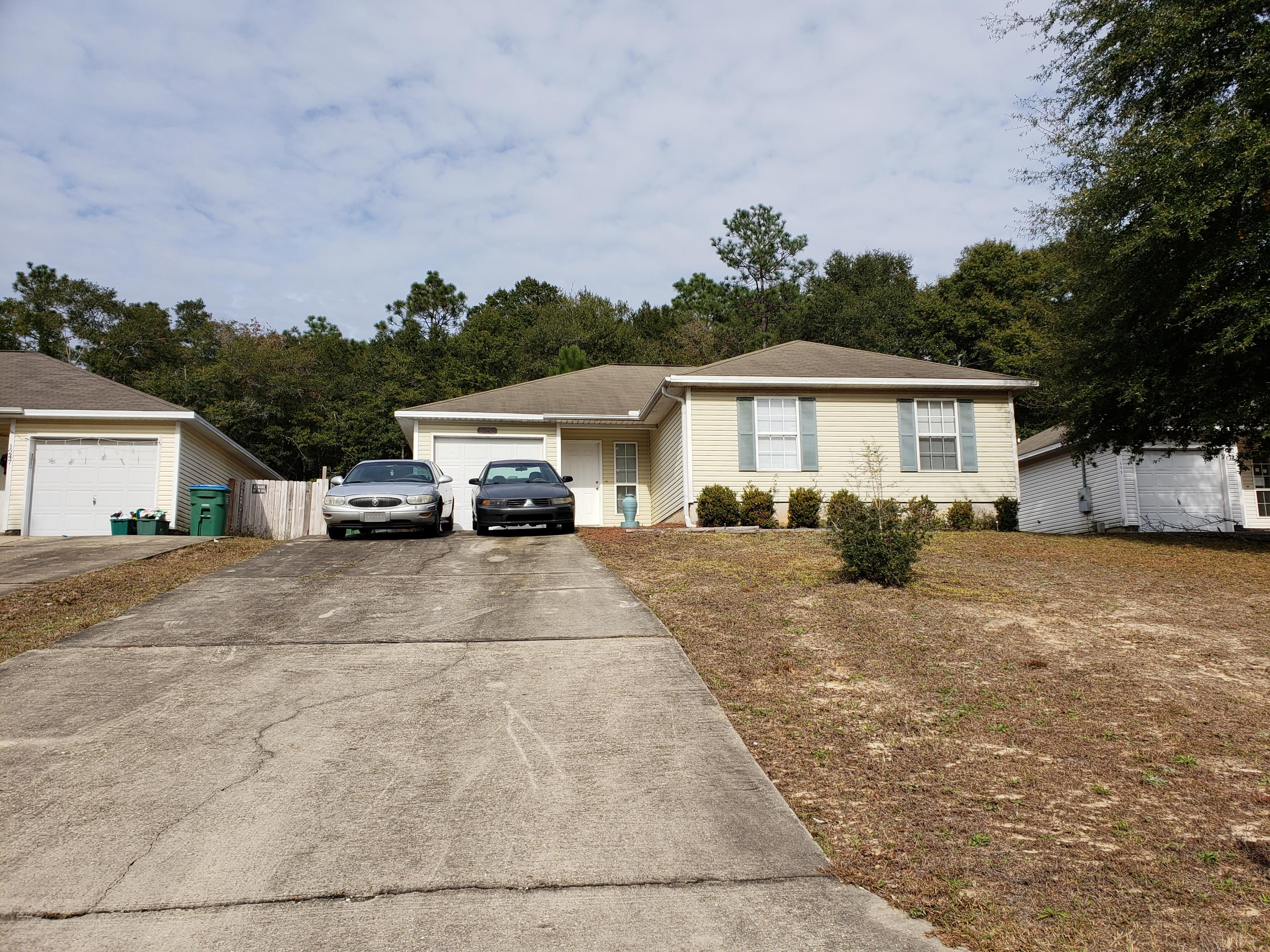 Photo of home for sale at 1243 Walter, Crestview FL