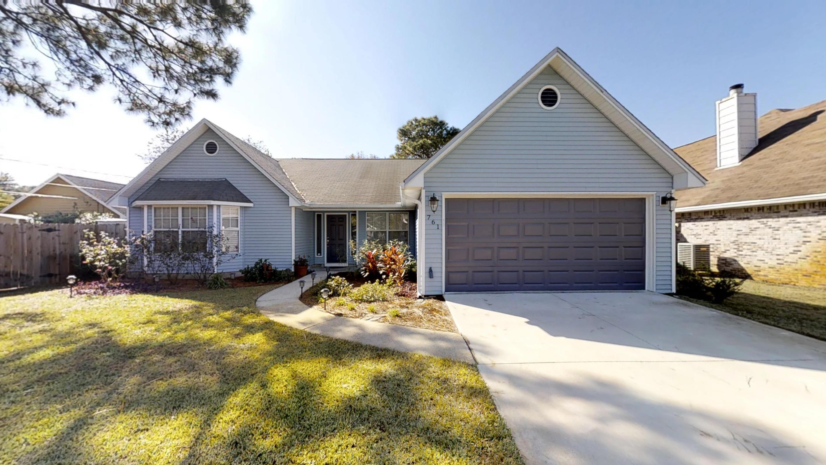 Photo of home for sale at 761 Vintage, Destin FL