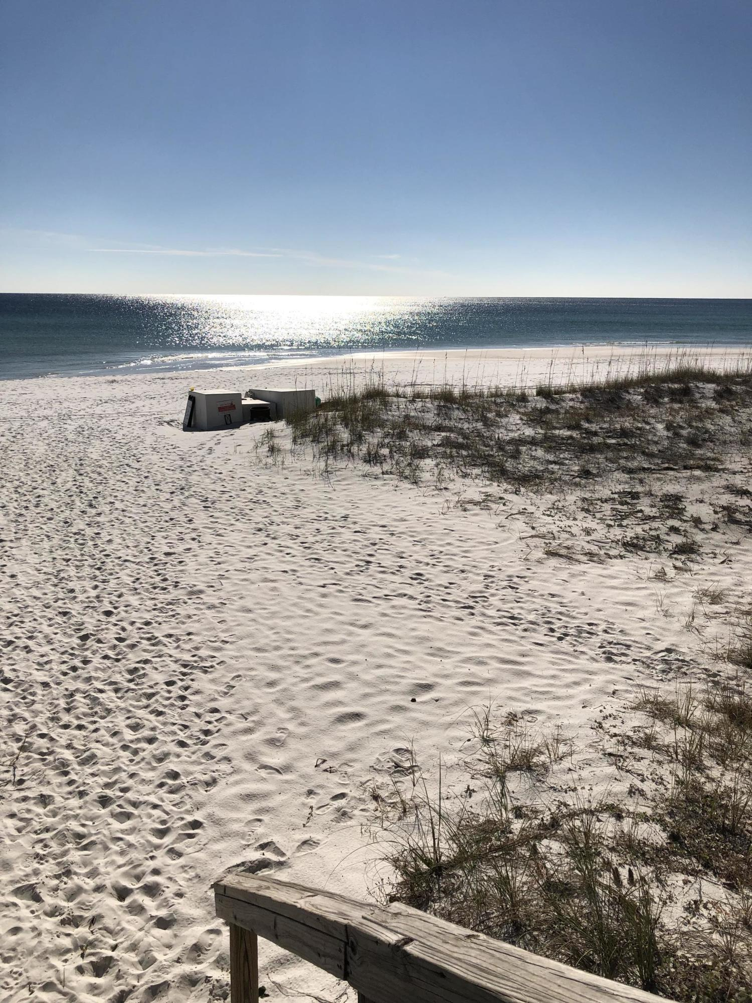 Photo of home for sale at 125 Crystal Beach, Destin FL