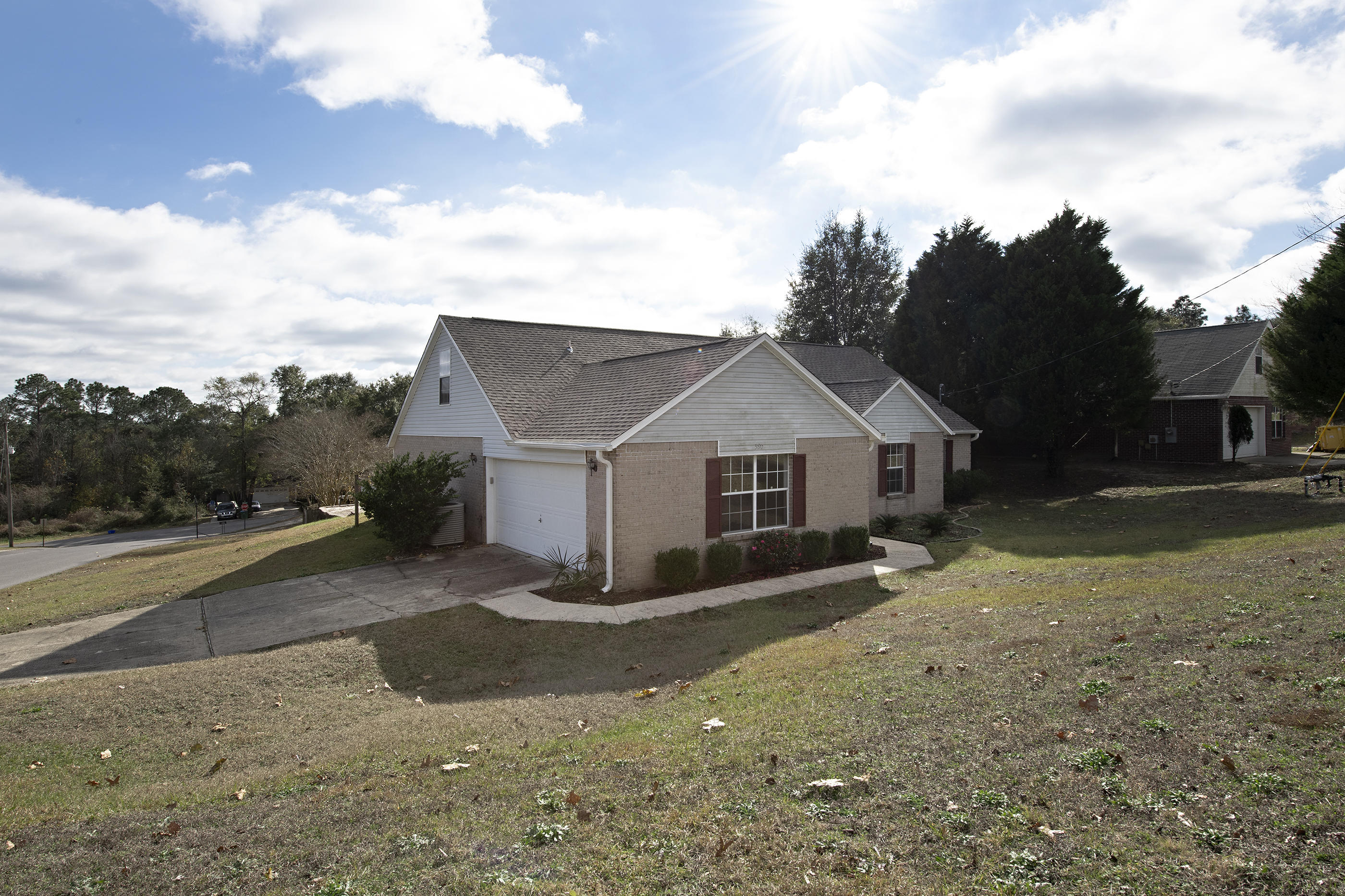 Photo of home for sale at 380 Riverchase, Crestview FL