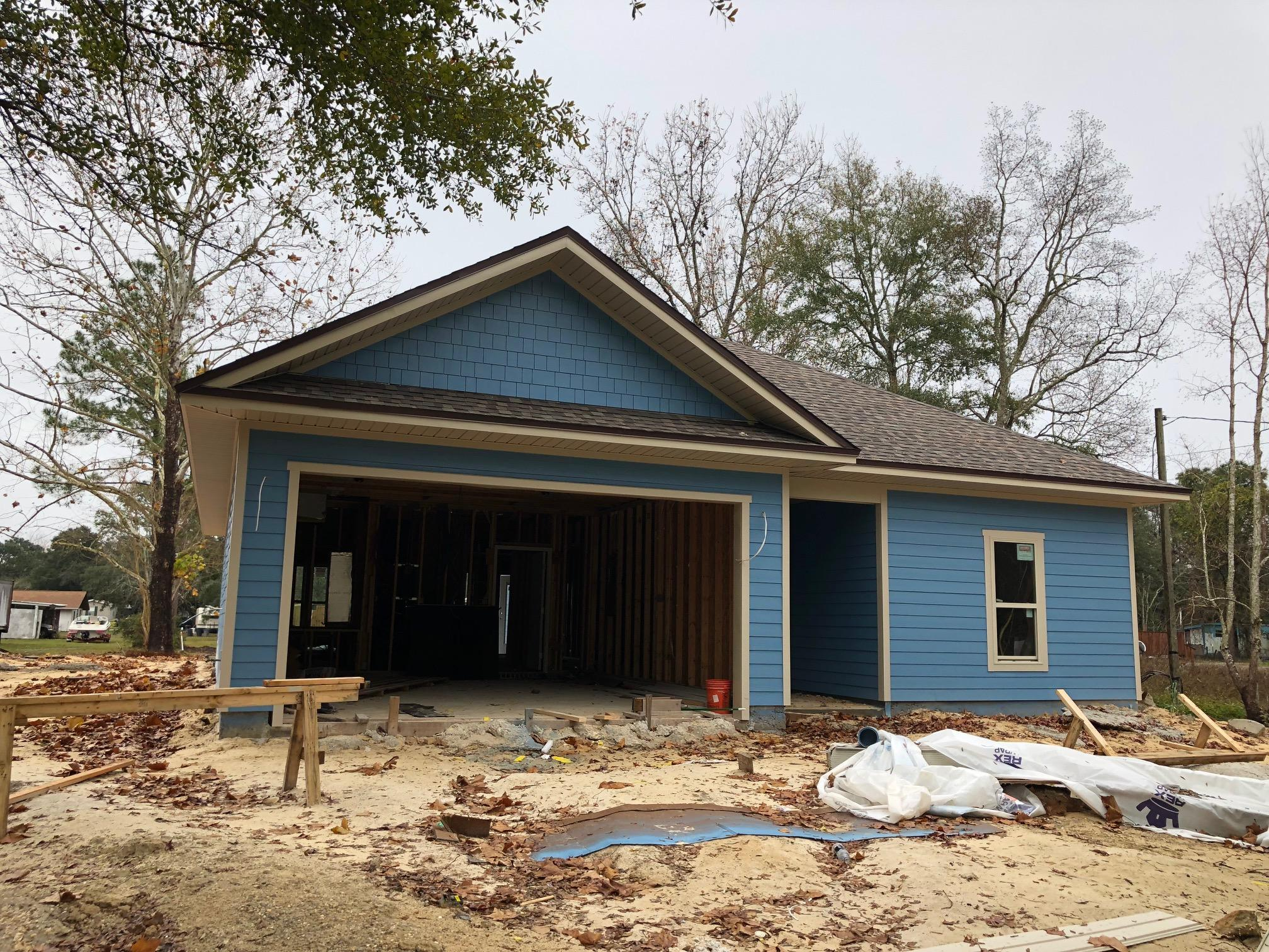 Photo of home for sale at 131 Owen, Niceville FL
