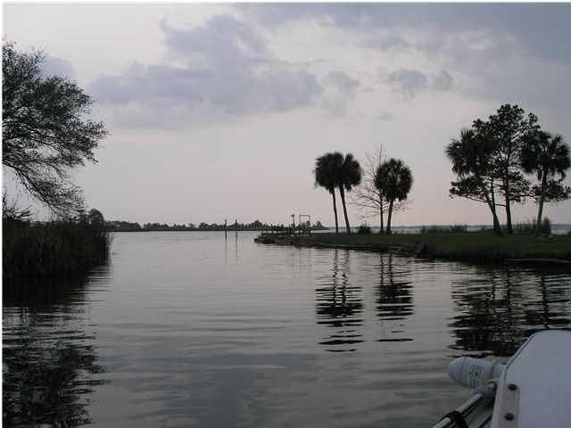 Photo of home for sale at 17 Wilson, Freeport FL