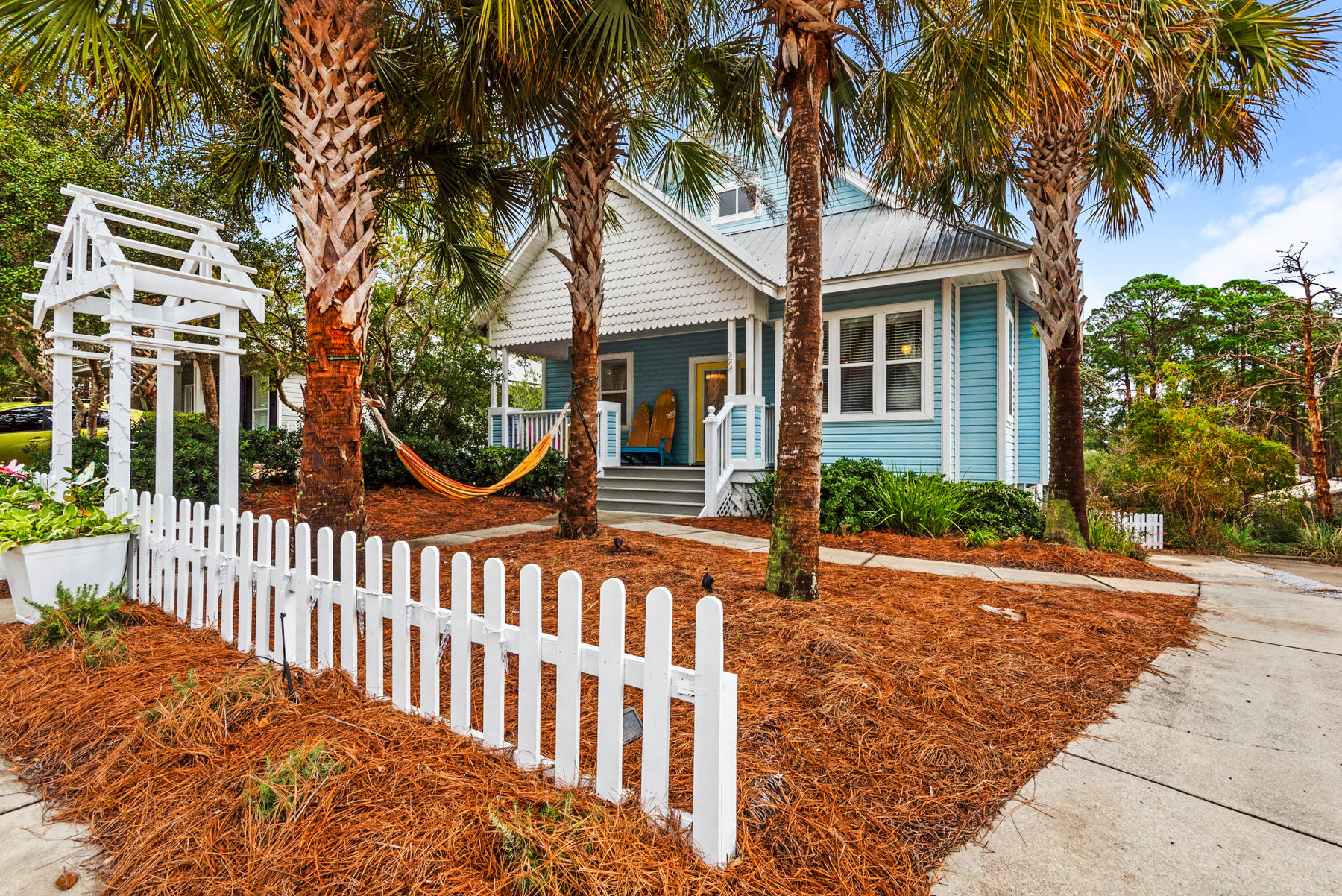 Photo of home for sale at 26 Tradewinds, Santa Rosa Beach FL