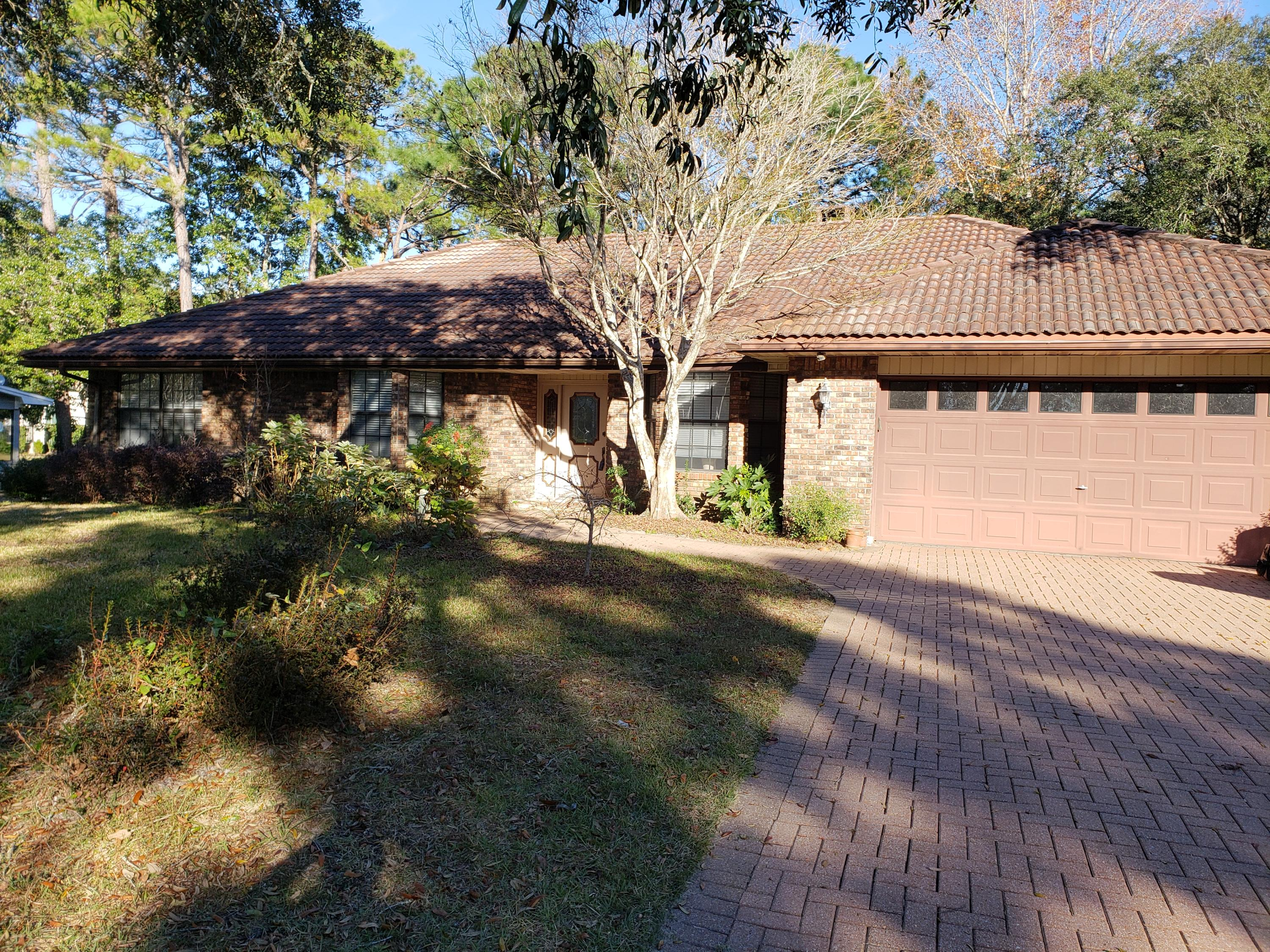 1636  Oakmont Circle, Niceville in Okaloosa County, FL 32578 Home for Sale