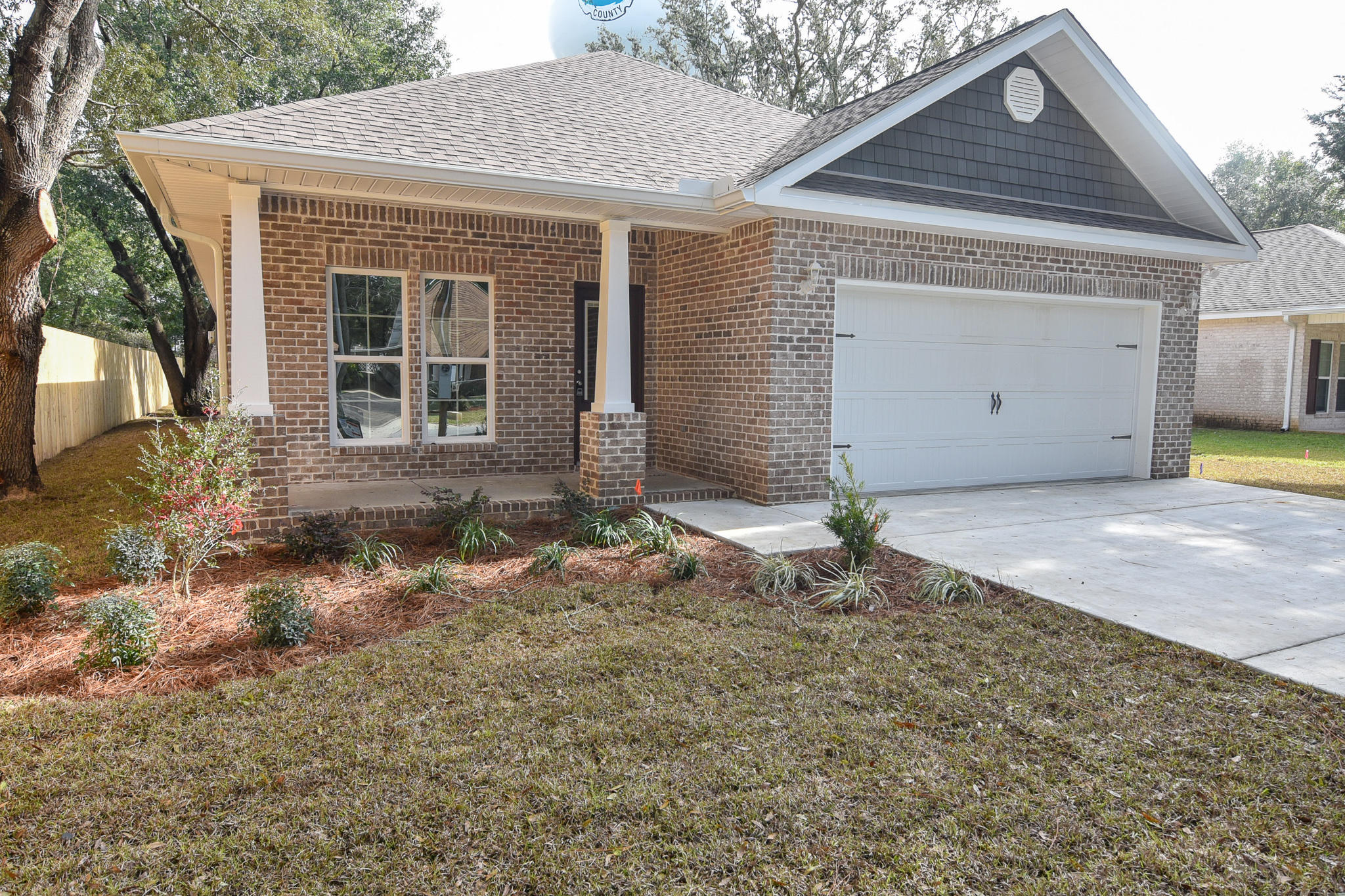 Photo of home for sale at 1451 Hickory, Niceville FL