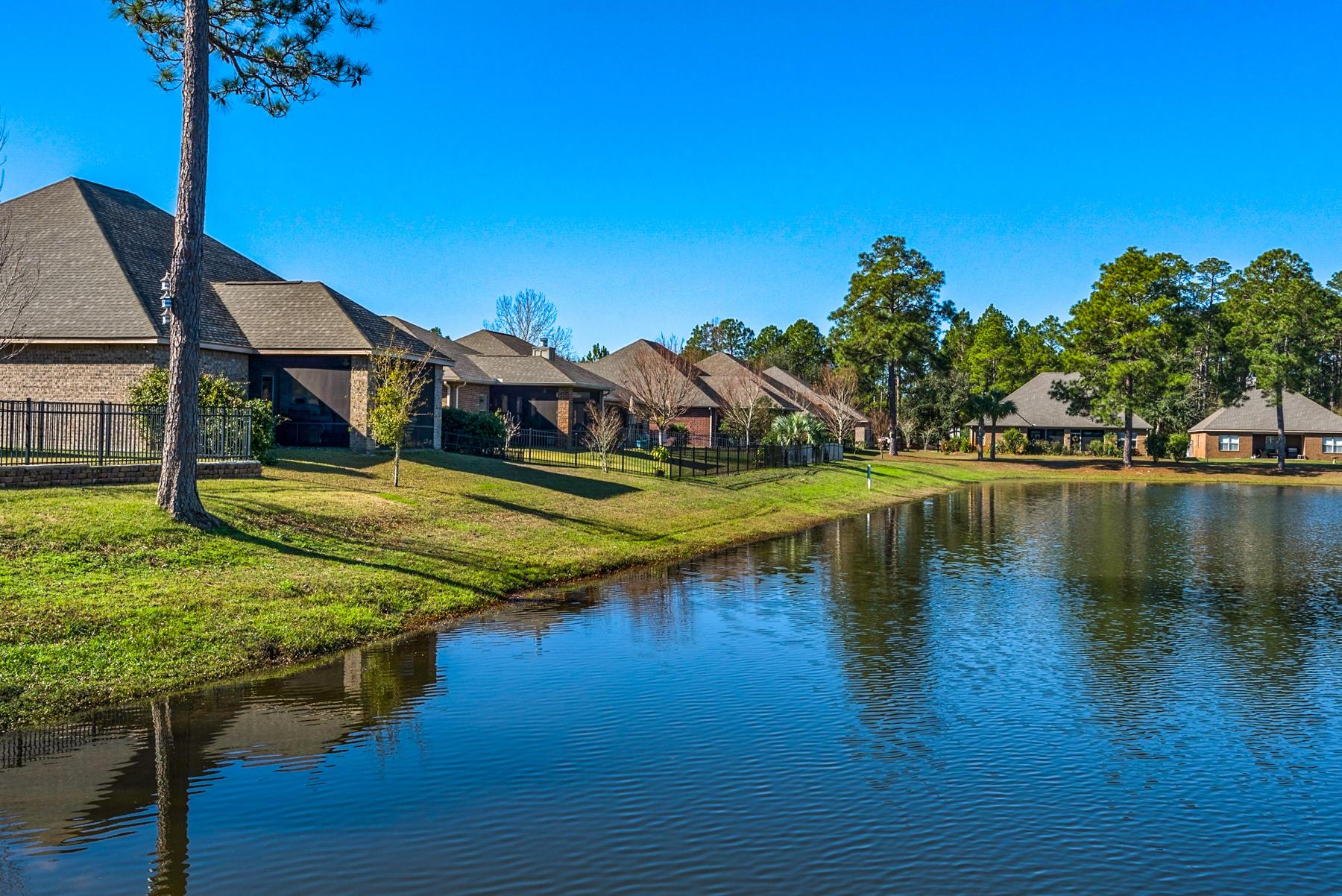 Photo of home for sale at 75 Whispering Lake, Santa Rosa Beach FL