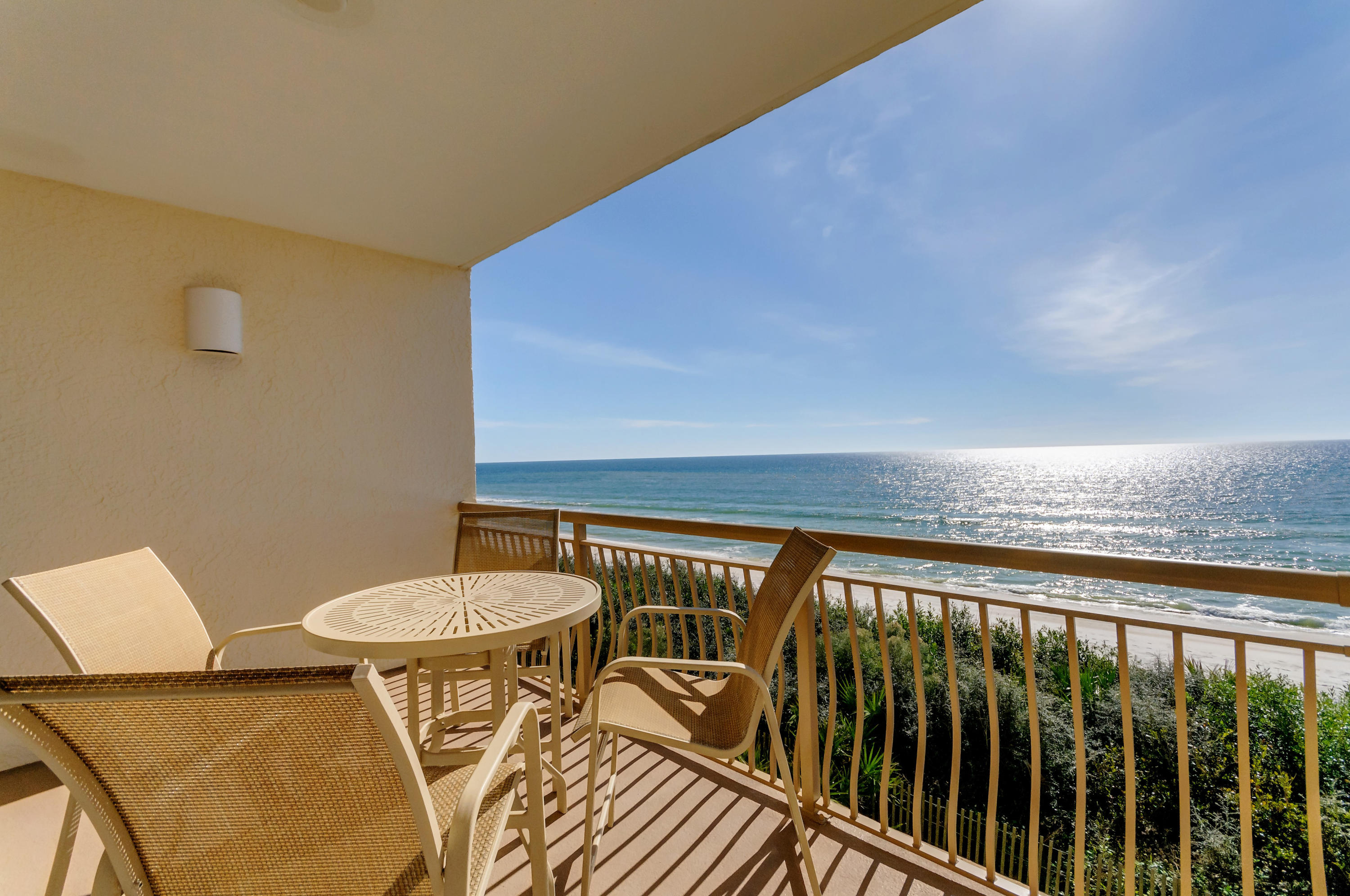 Photo of home for sale at 10254 Co Highway 30-A, Inlet Beach FL