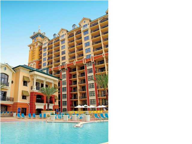 A 3 Bedroom 3 Bedroom Emerald Grande Timeshare