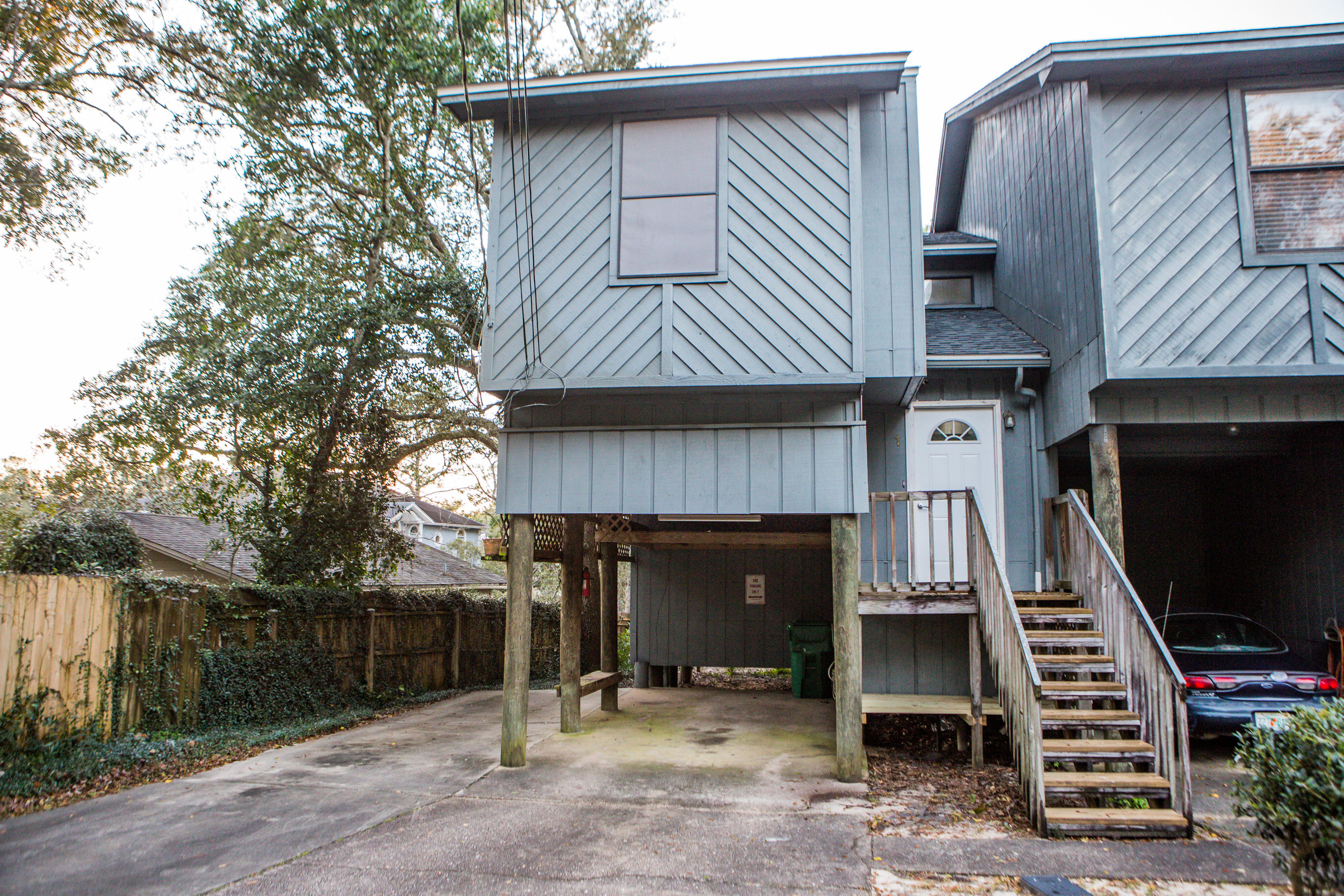 A 2 Bedroom 2 Bedroom Swift Bayou T/h Townhome