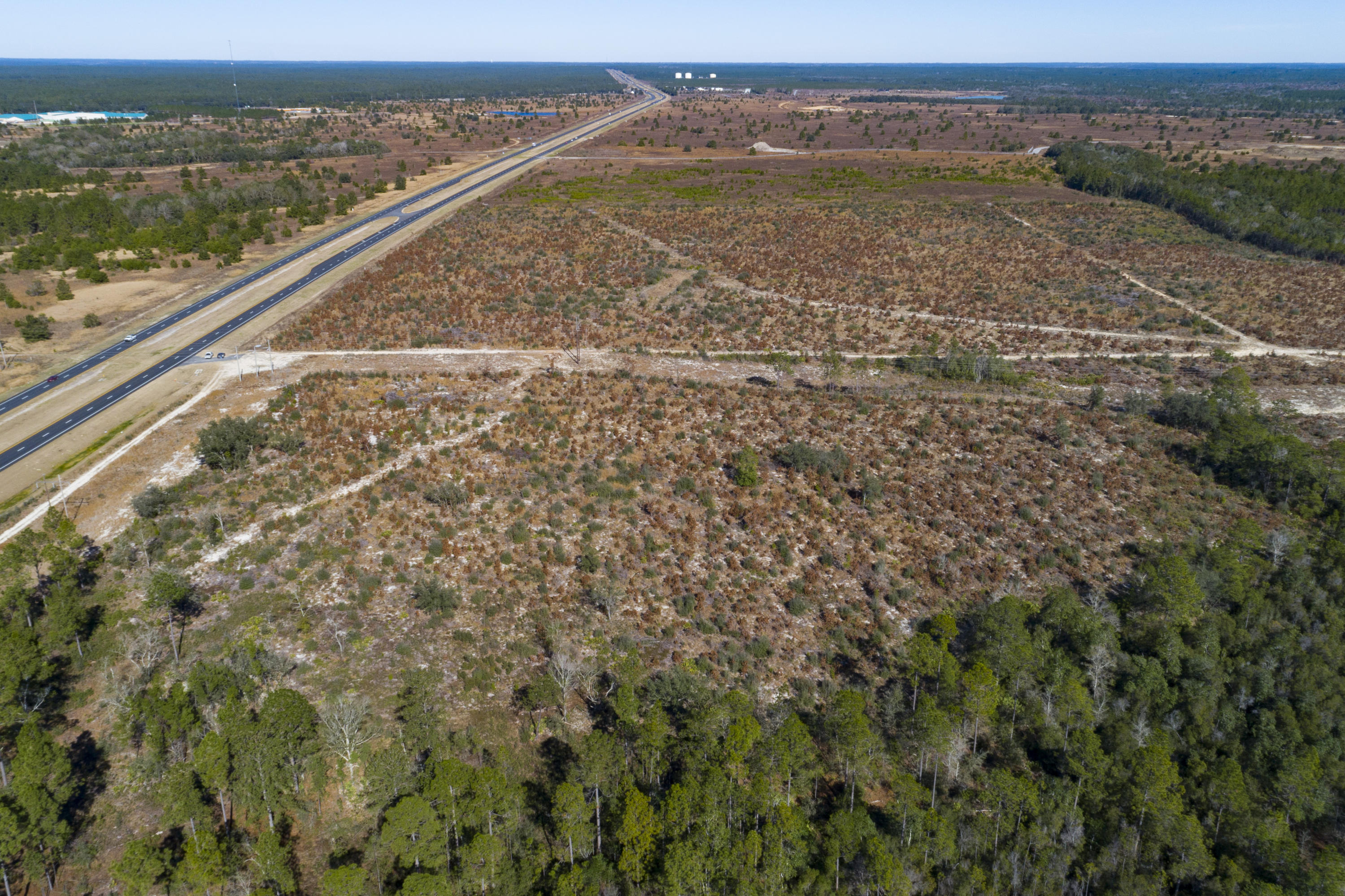 Photo of home for sale at 334 acres Highway 331, Freeport FL
