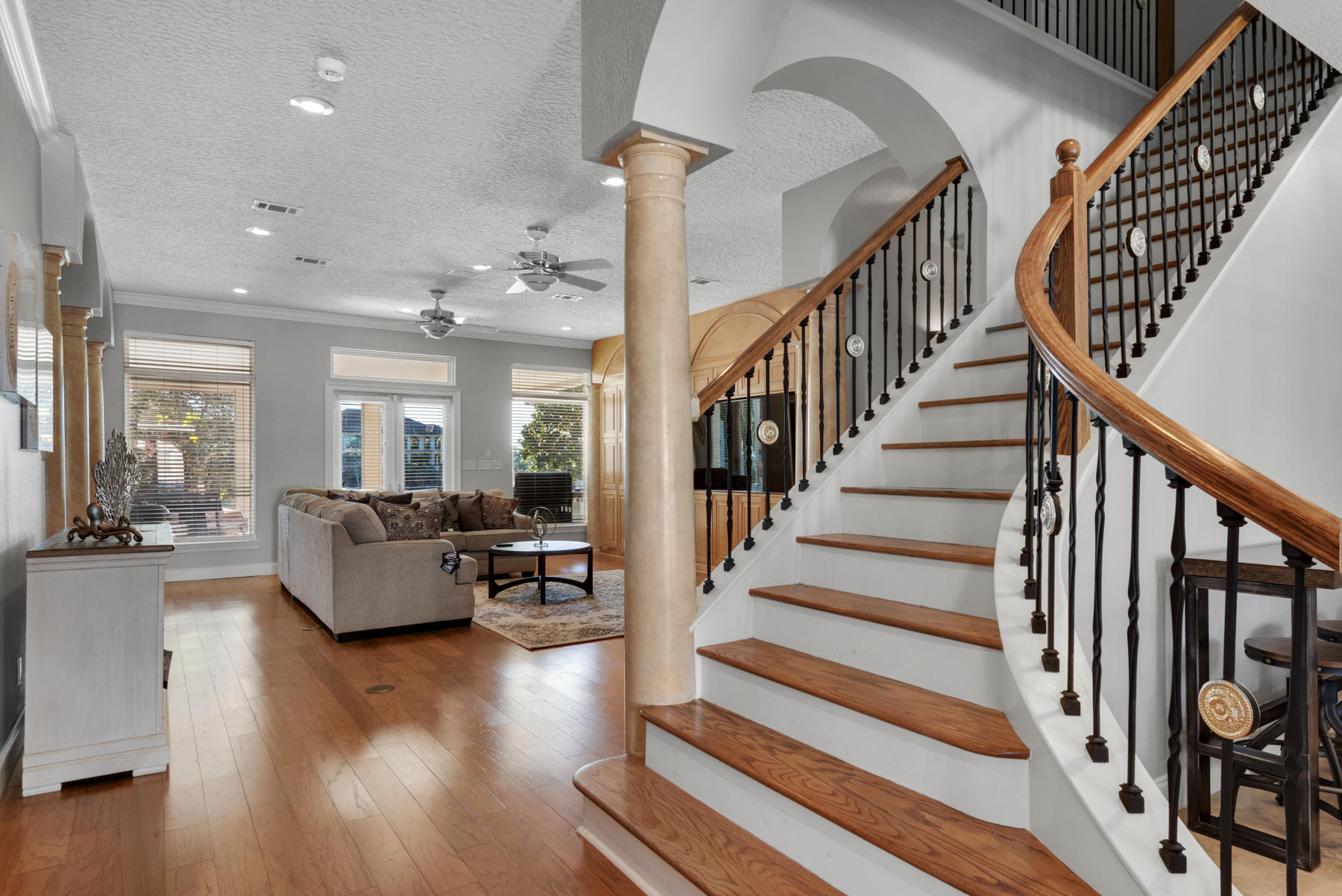 Photo of home for sale at 715 Bayou Drive, Destin FL