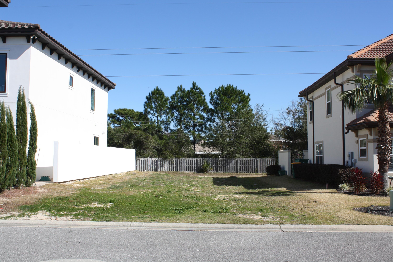 4716 Amhurst Circle