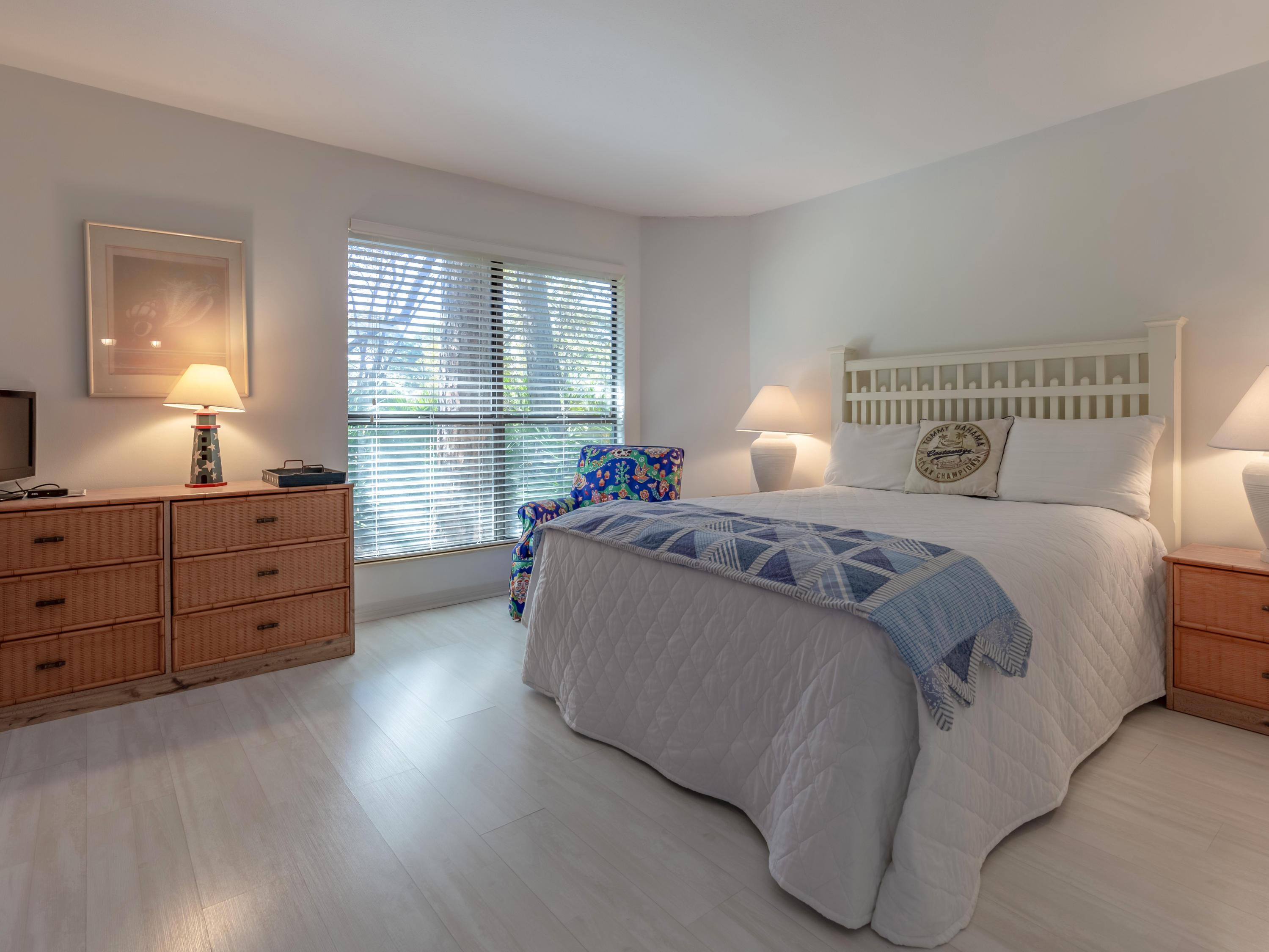 Photo of home for sale at 233 Audubon, Miramar Beach FL