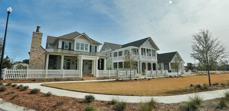 Photo of home for sale at 270 Lantern, Destin FL