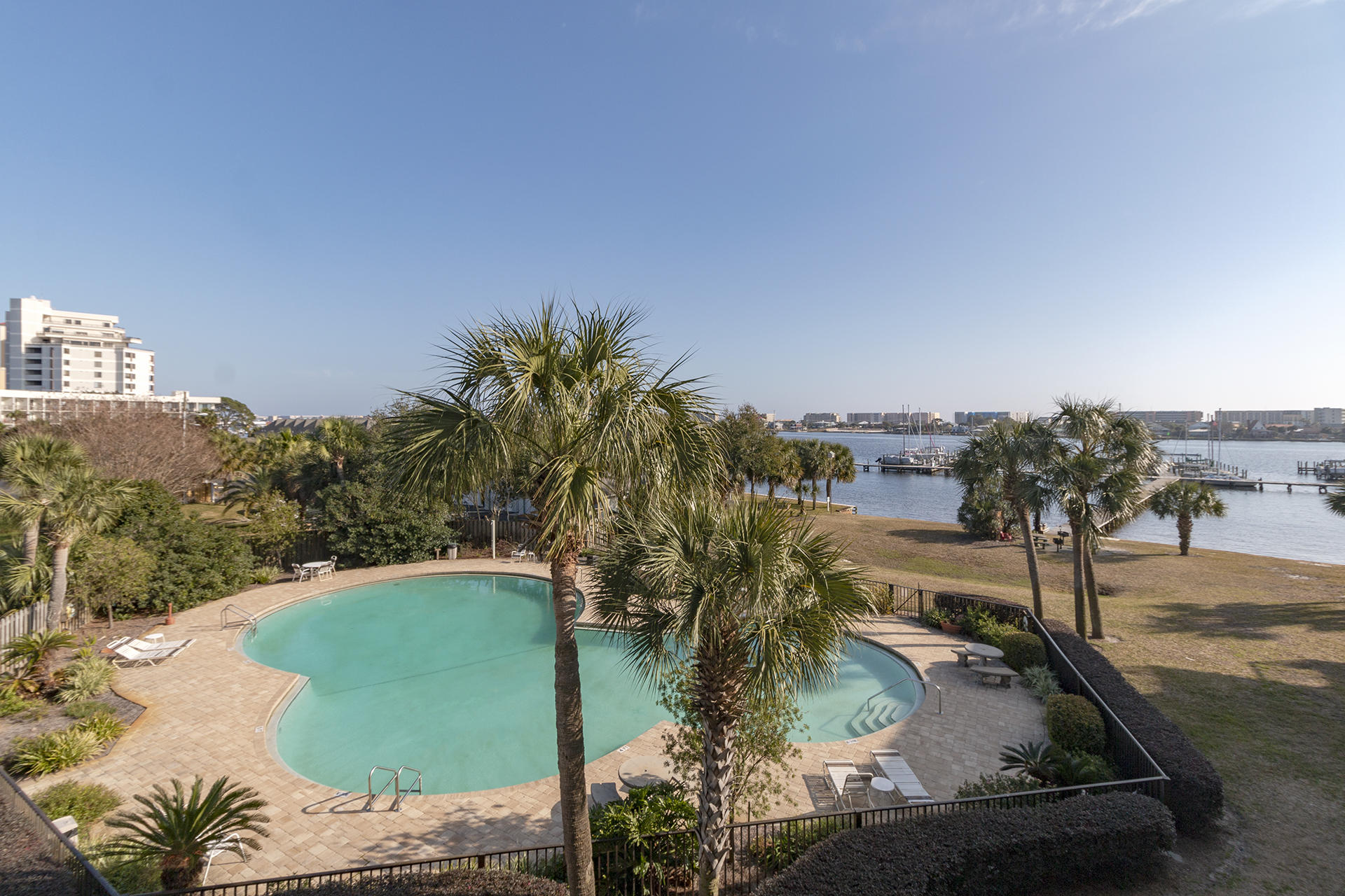 Search all Fort Walton Beach real estate listings and nearby MLS properties E815184