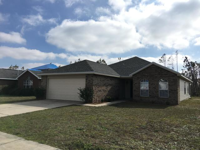 Photo of home for sale at 2902 Cedars, Panama City FL