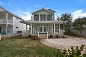 Property for sale at 91 Crystal Beach Drive, Destin,  FL 32541