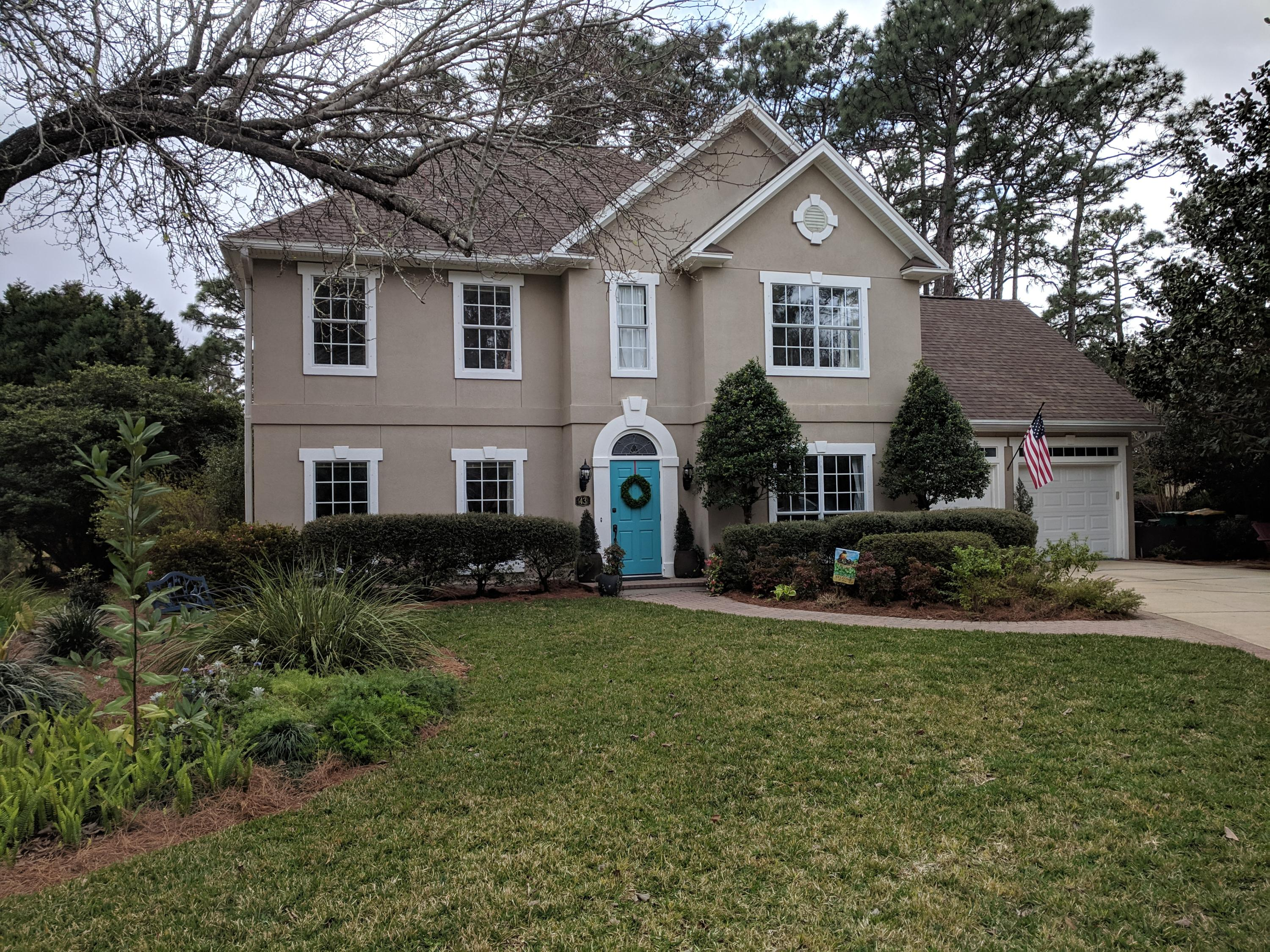 Photo of home for sale at 43 Southwind, Niceville FL