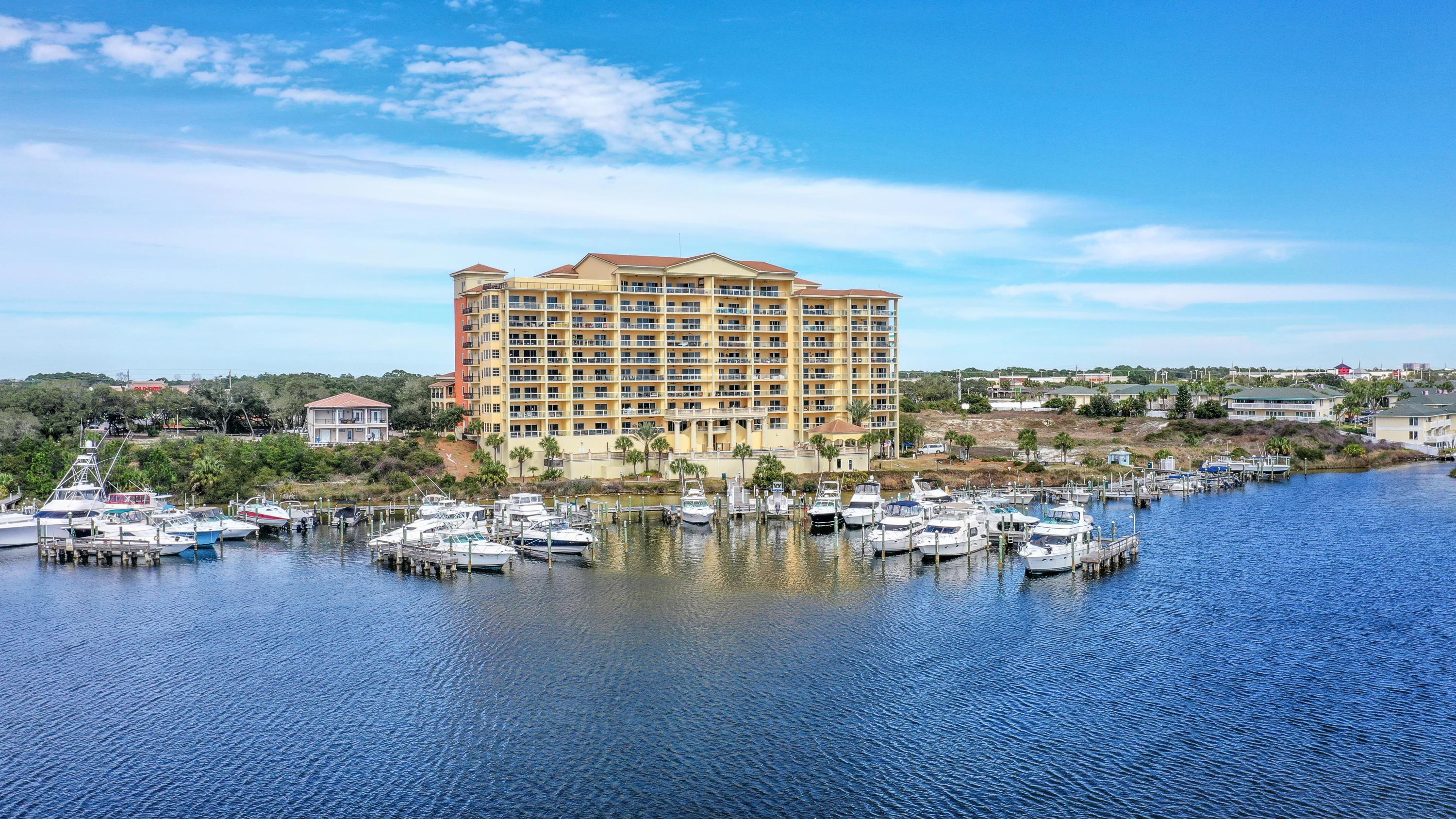Photo of home for sale at 770 Harbor, Destin FL