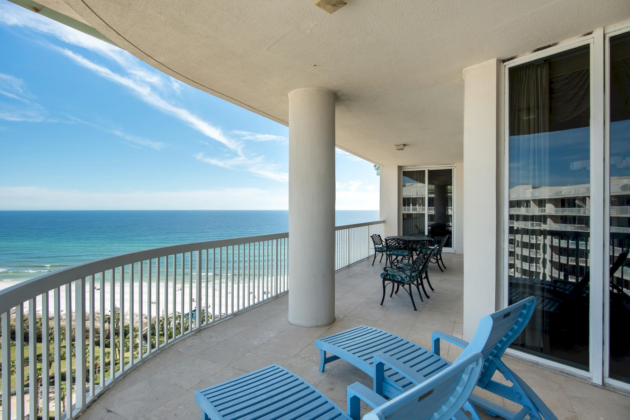 Photo of home for sale at 15200 Emerald Coast Parkway, Destin FL