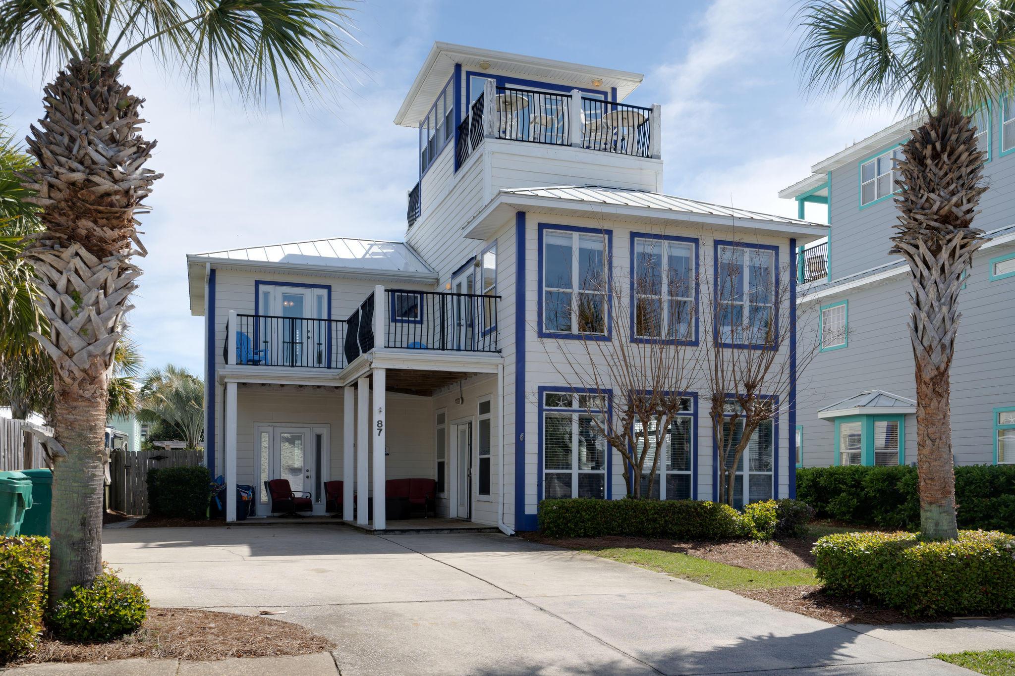 A 5 Bedroom 5 Bedroom Crystal Beach Home