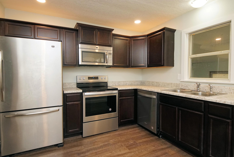 A 2 Bedroom 1 Bedroom Rosemont Rental